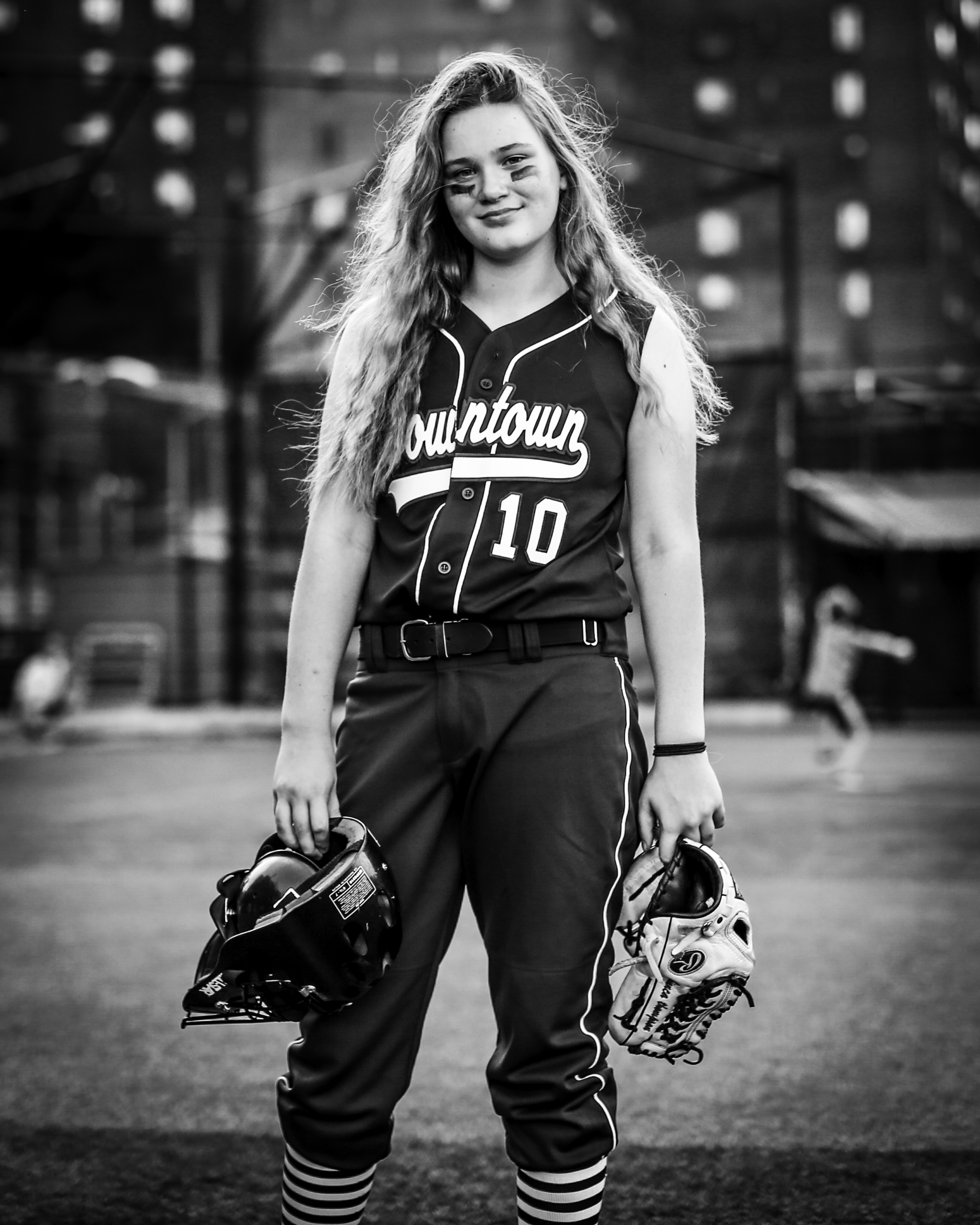 7W1A8723_softball_b&w_ritathompson.jpg