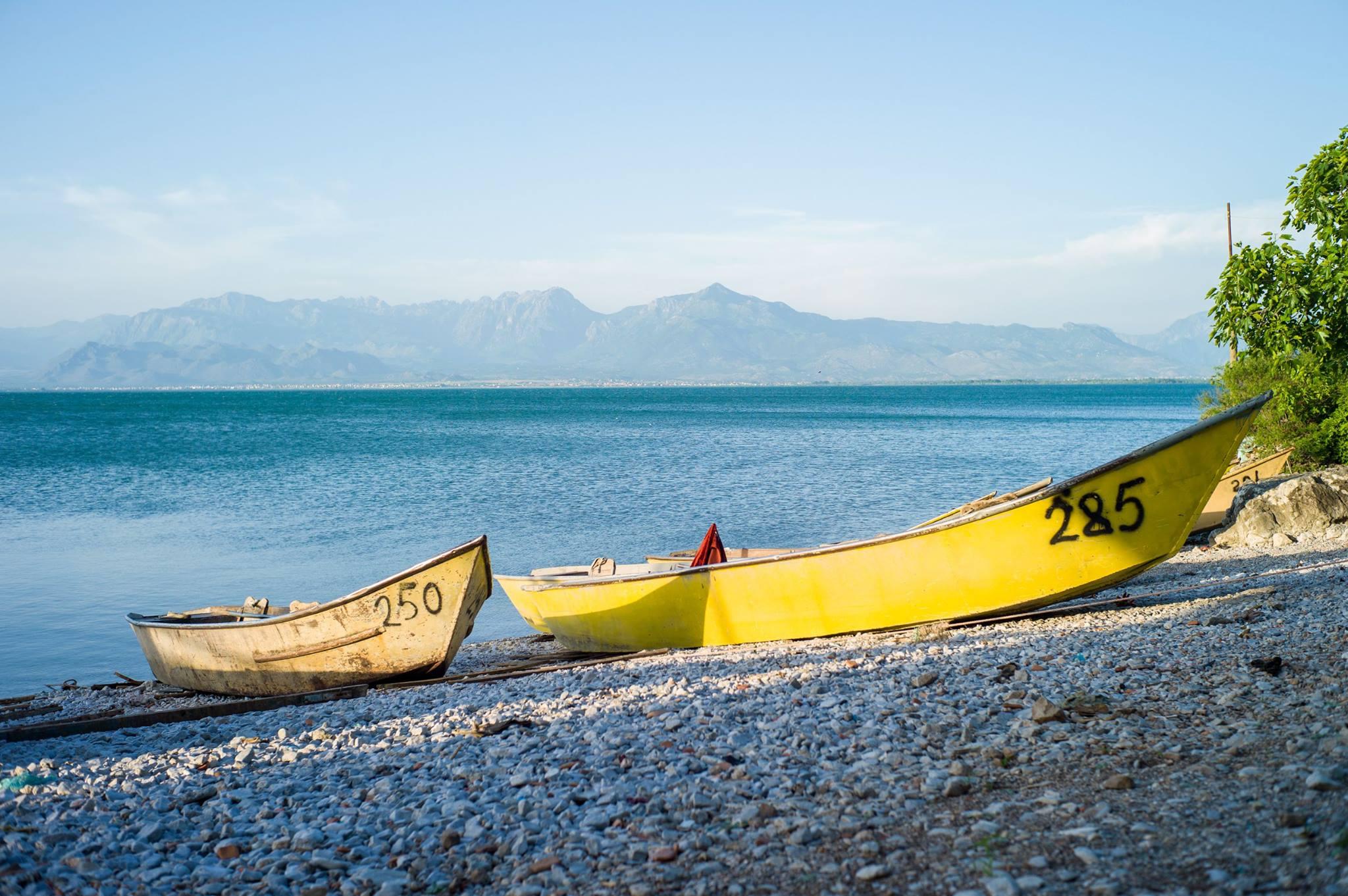 lake-shkoder-boat-Albania.jpg