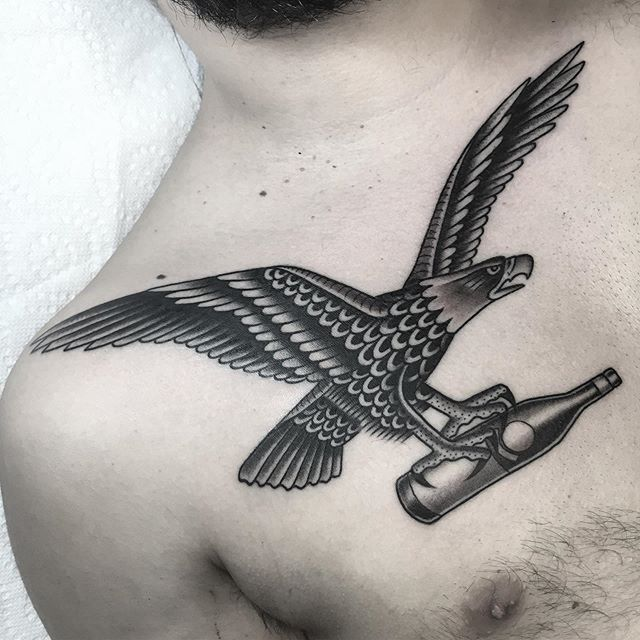 @fernetbranca eagle on @anfemu , great to see you buddy! In case anyone is ever wanting to tip in alcohol, fernet is one of my favorites...just saying.... #capecod #capecodtattoo #spiltmilktattoo #fernetaboutit