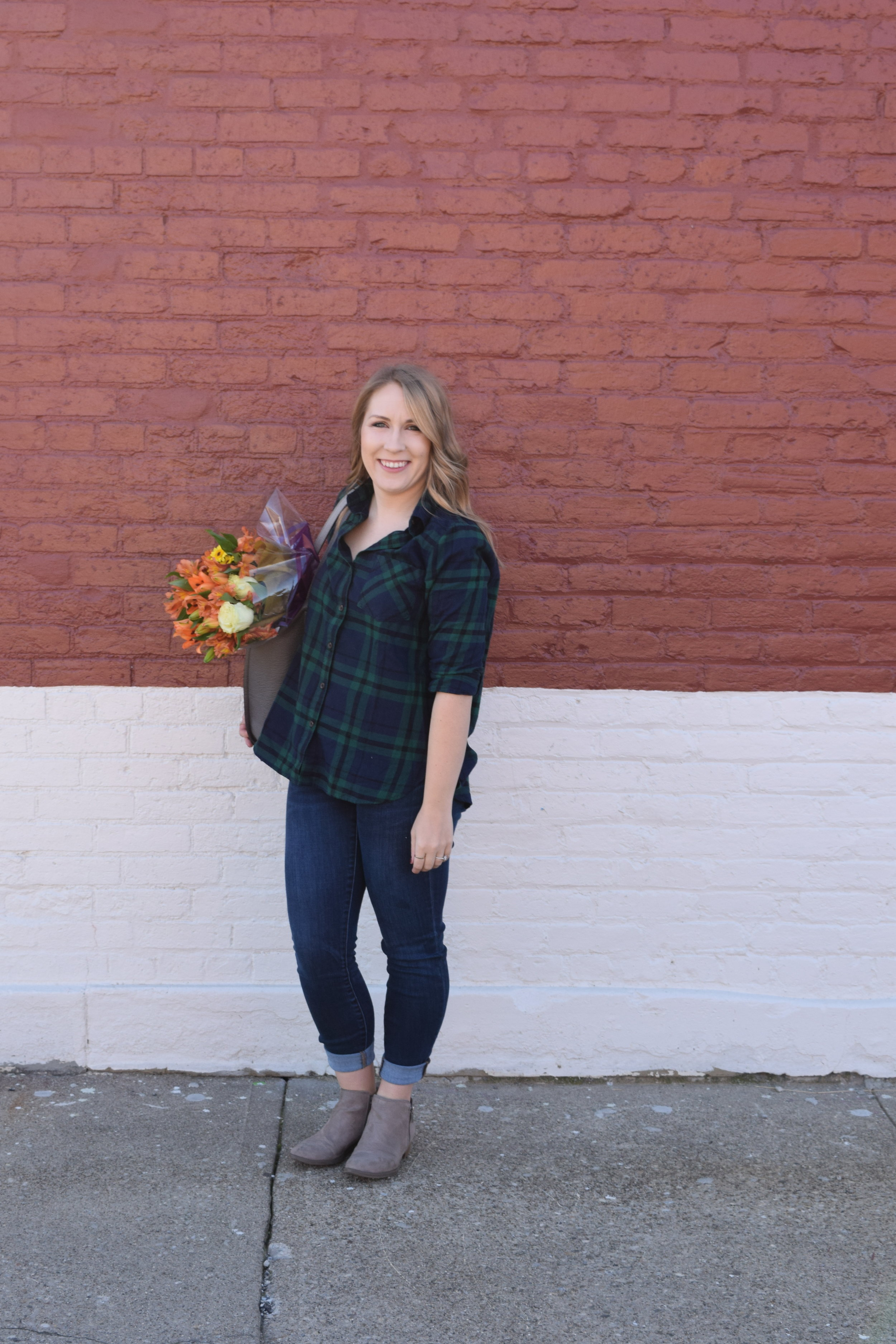 Fall Fashion Look book Fashion Blogger Clothes Roundup apple picking