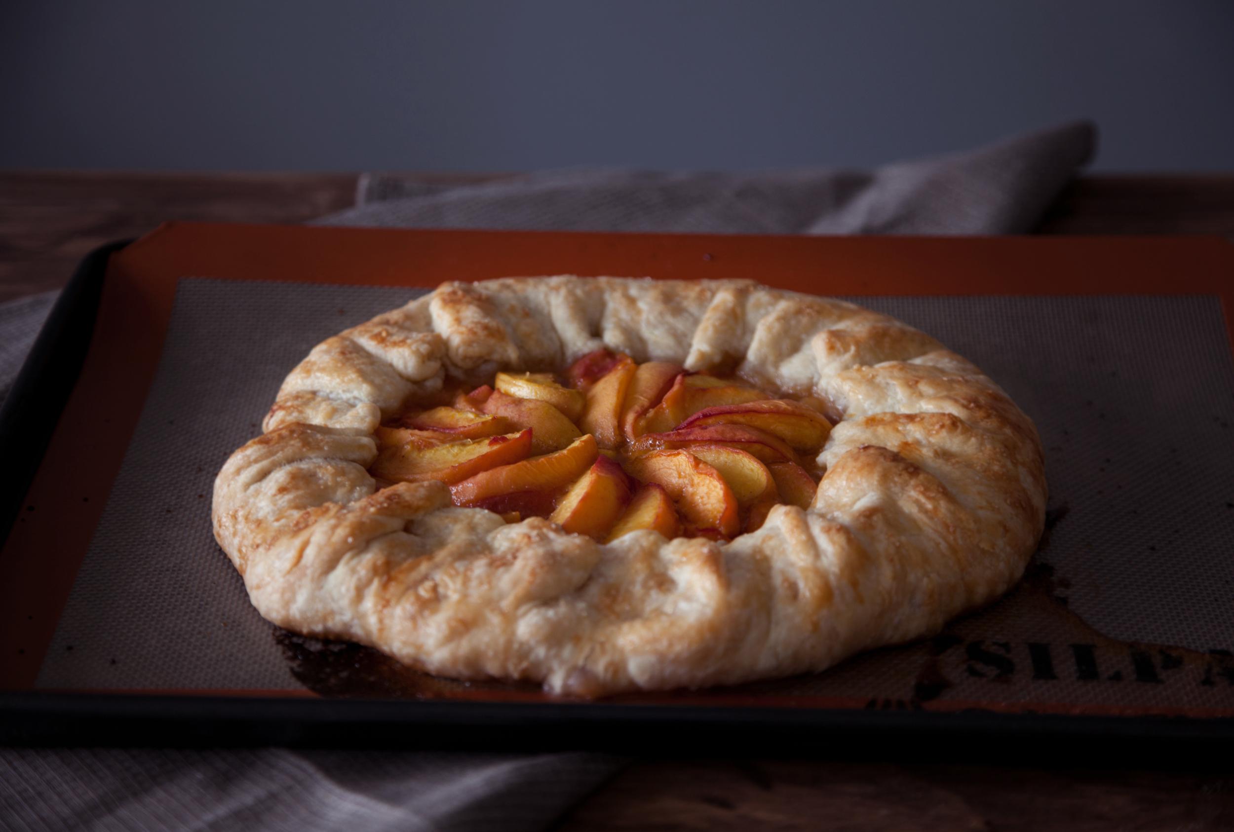 peach galette vii.jpg