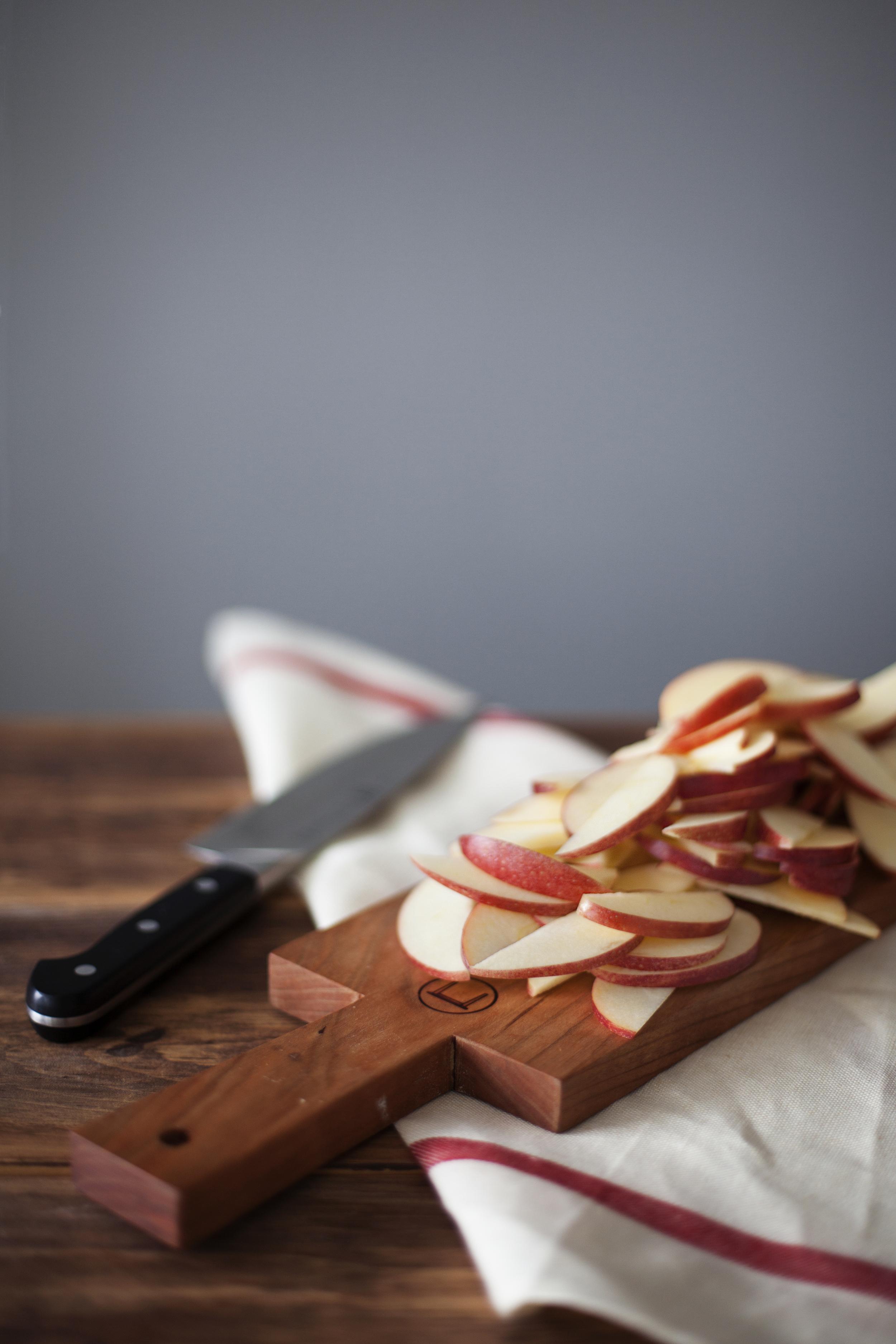 walnut apple crisp iii.jpg