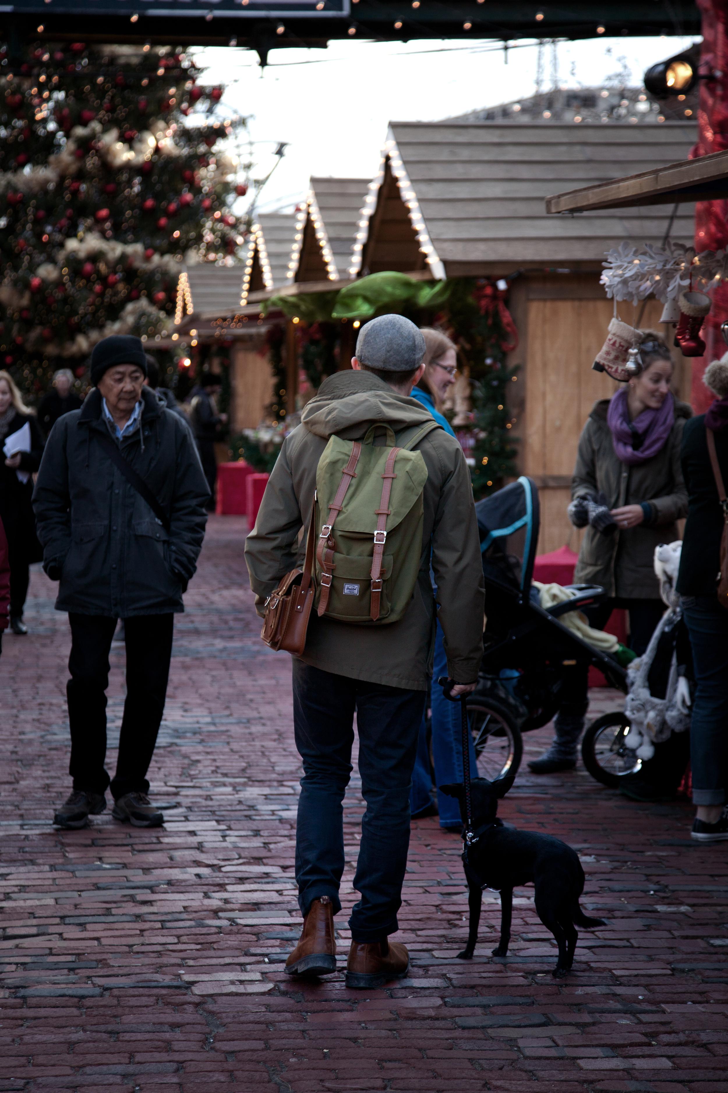 christmas market iii.jpg