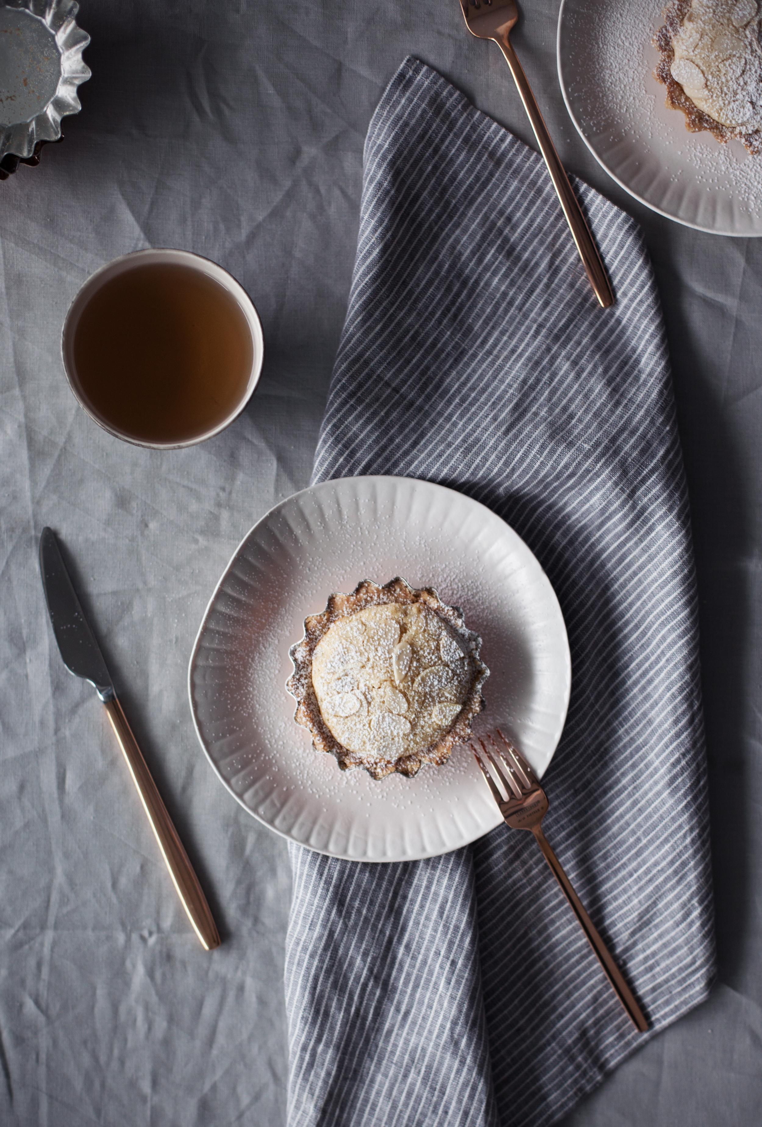 almond tart v.jpg