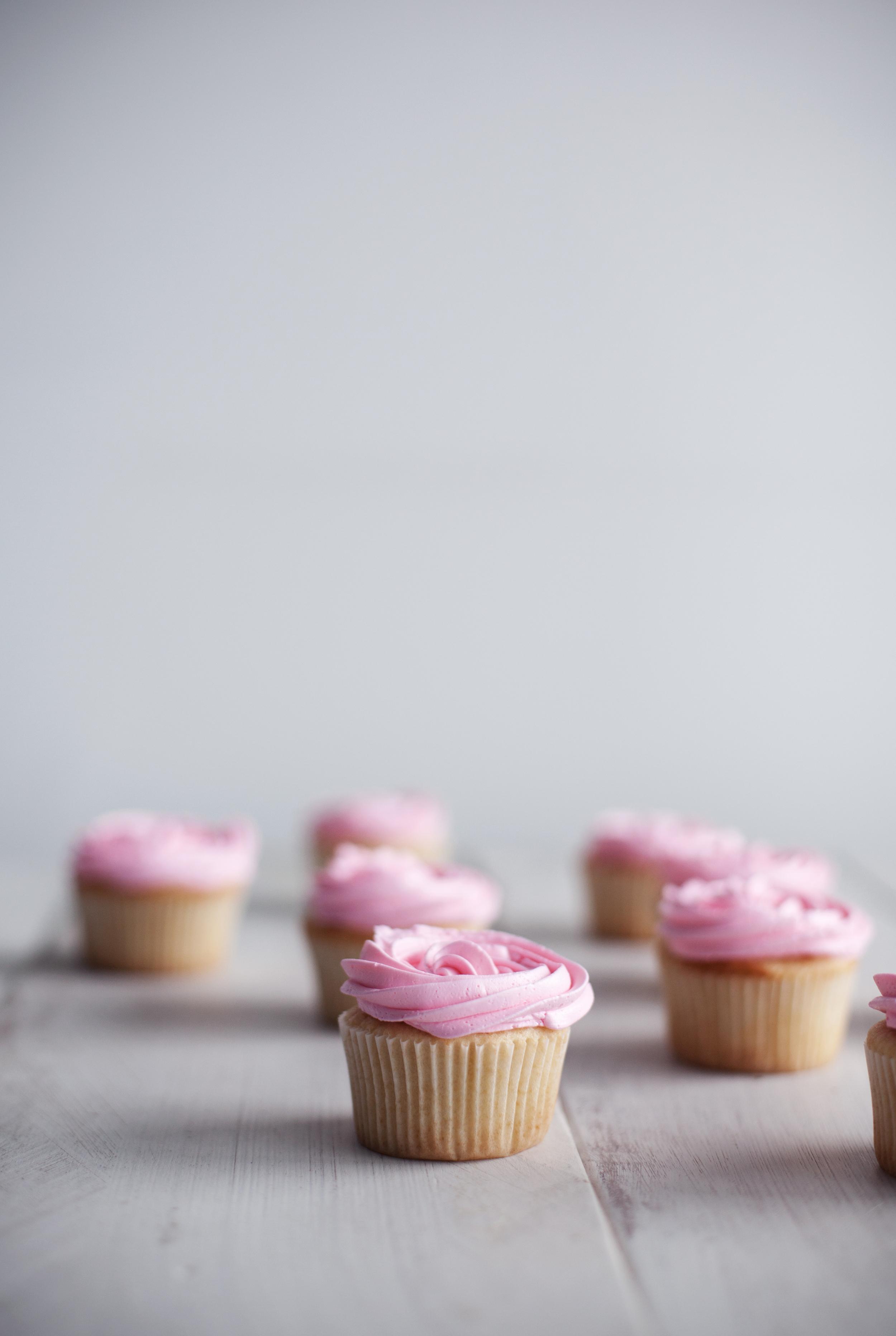 rose cupcakes ii.jpg