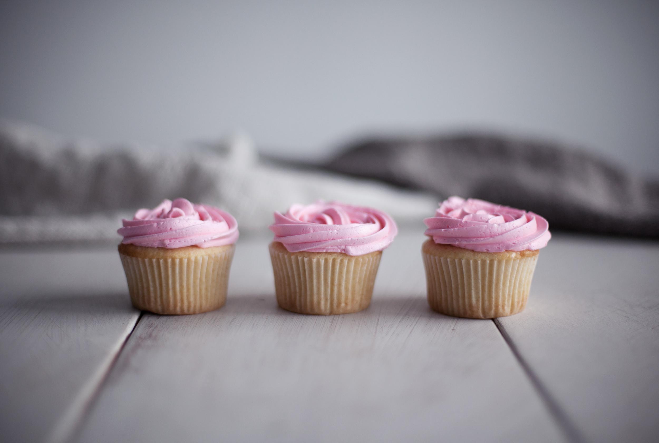 rose cupcakes viii.jpg