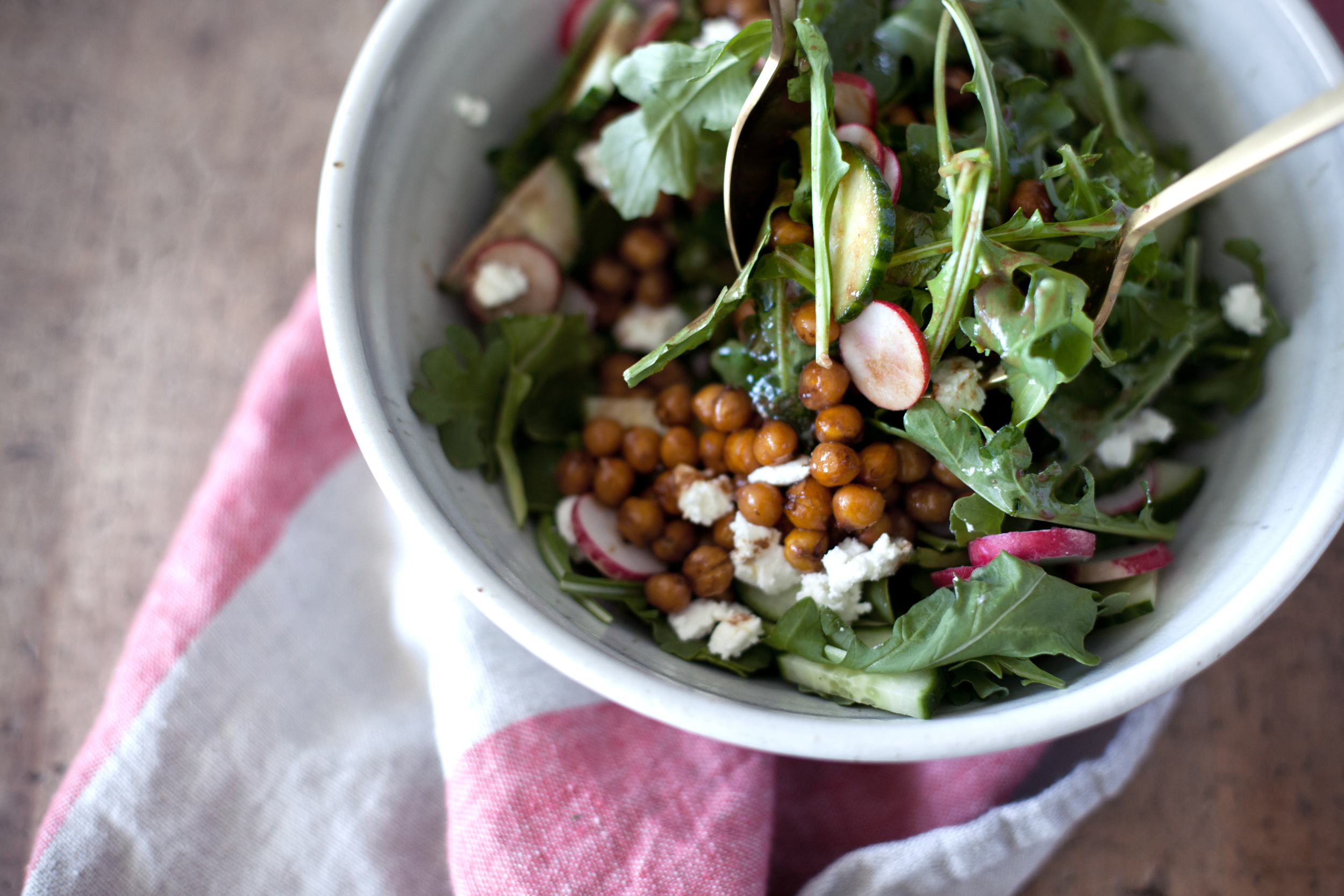 roasted chickpea salad viiii.jpg