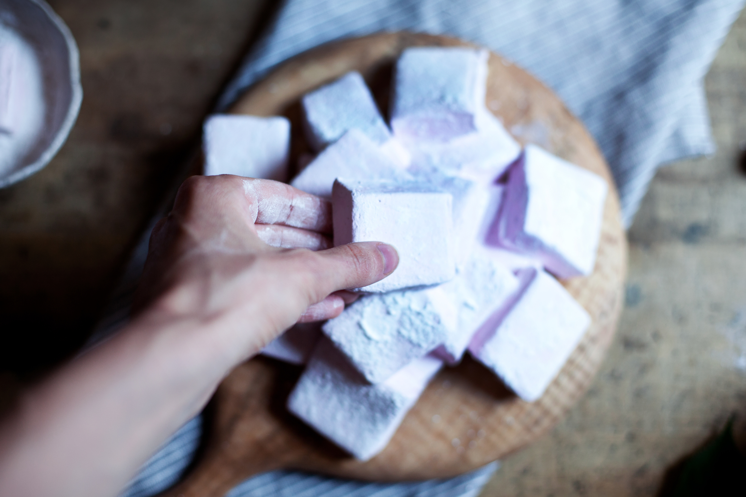 blackberry marshmallows xvi.jpg
