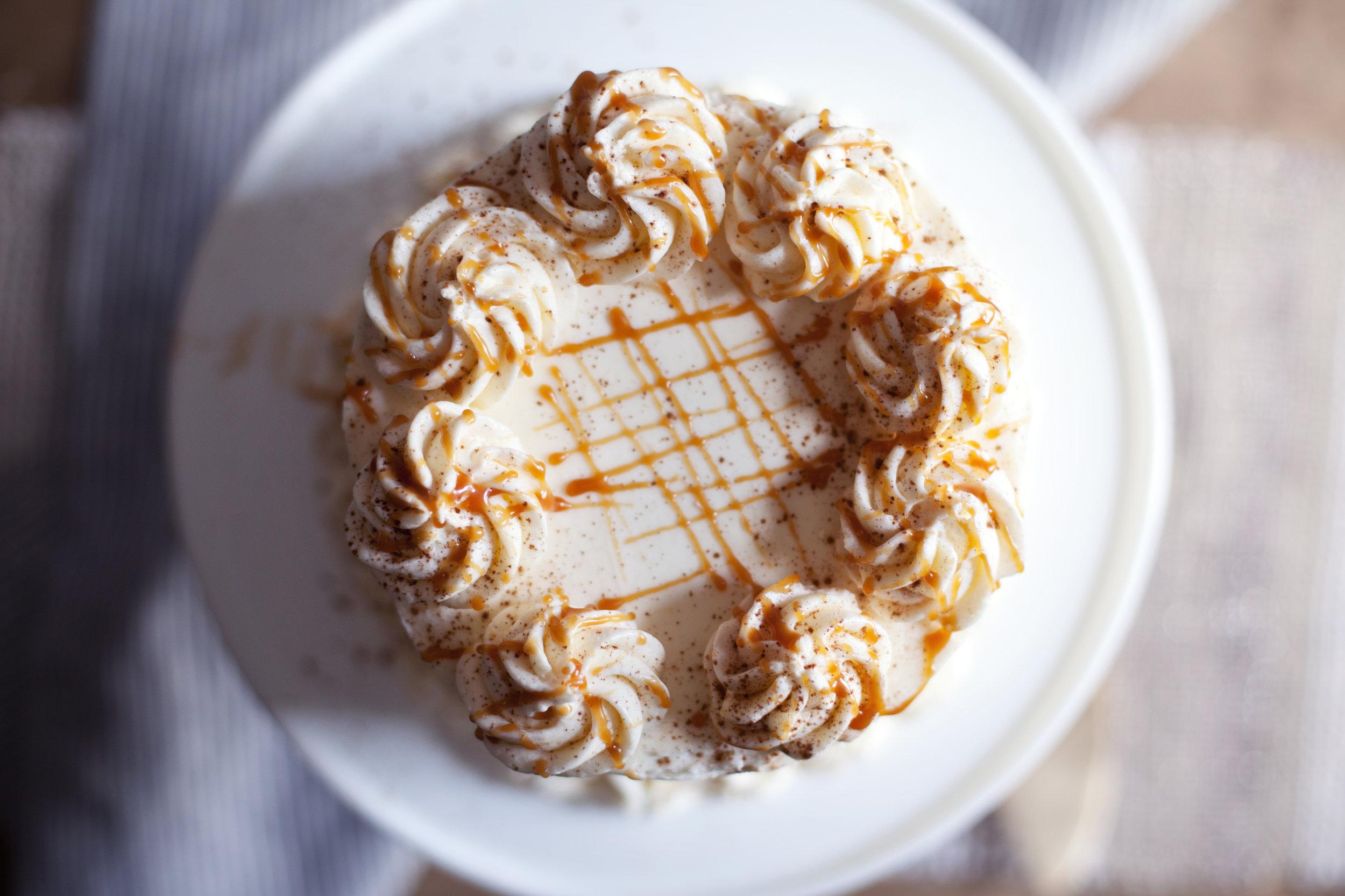 apple pie cake i.jpg