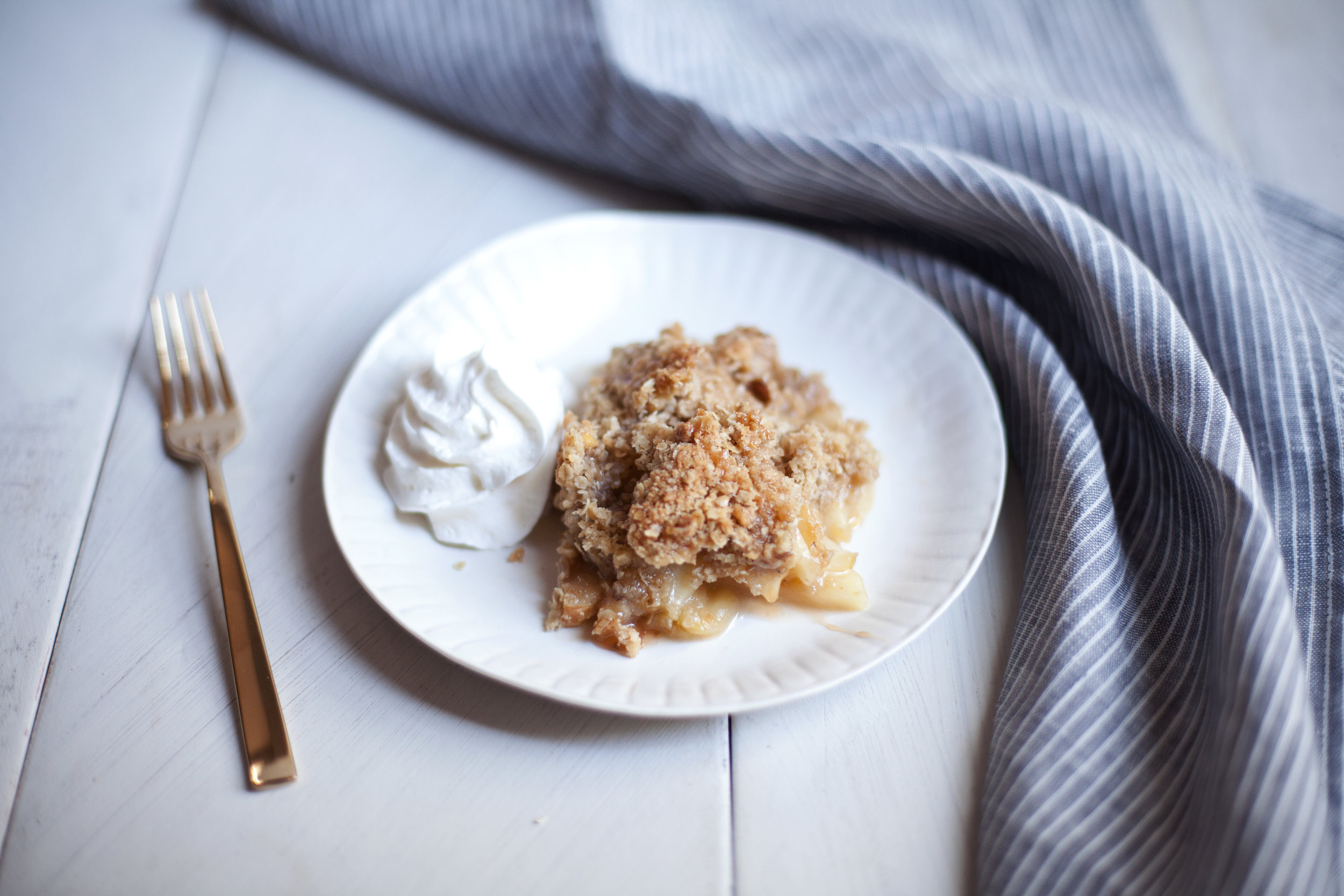 salted caramel apple crisp viii.jpg
