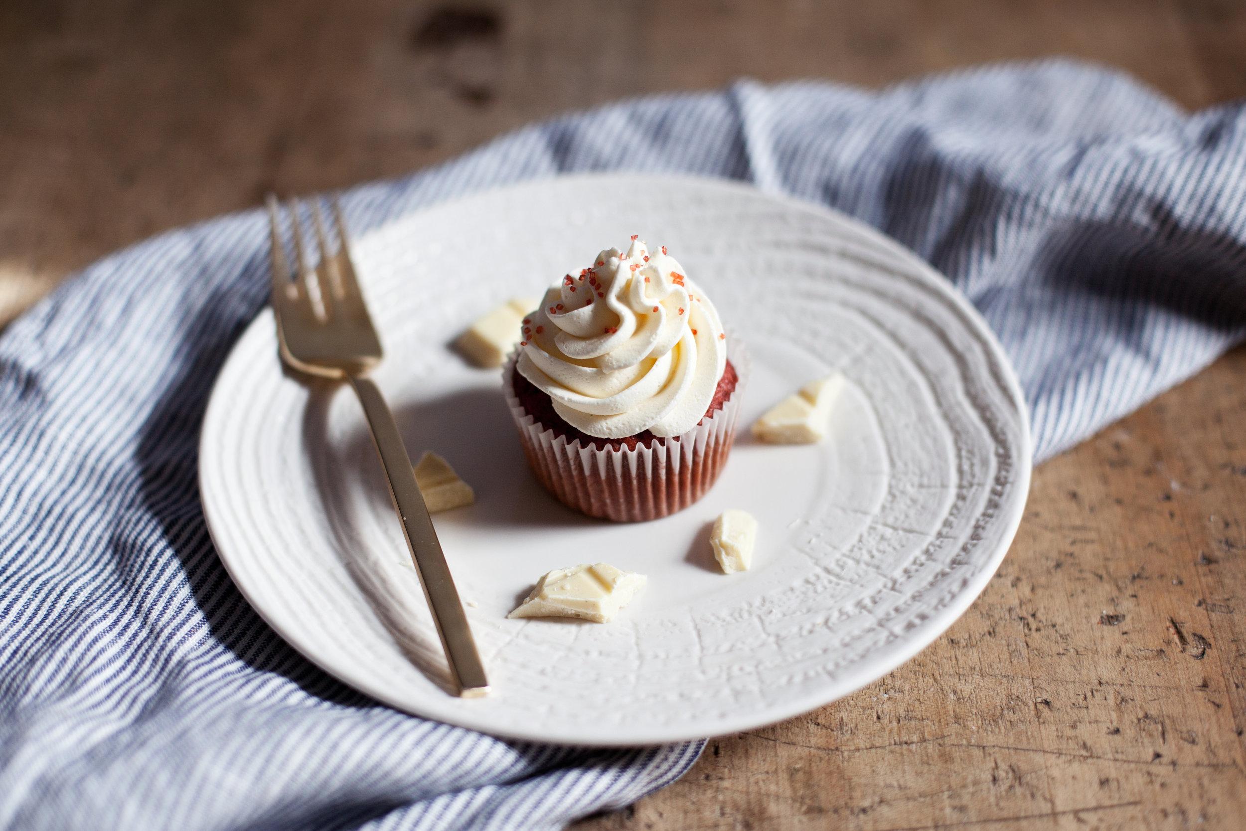white chocolate red velvet xi.jpg