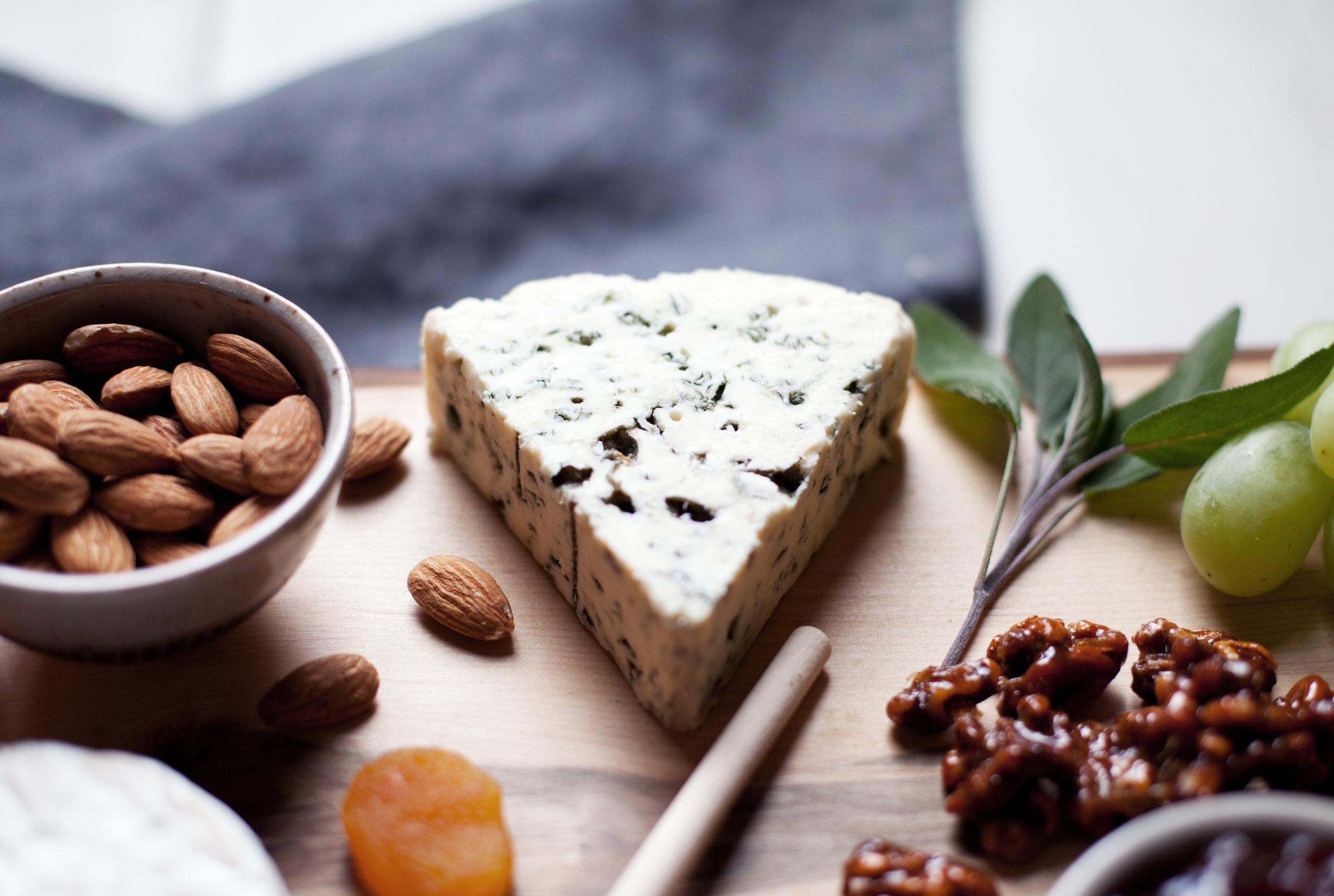 castello sweet cheese board vii.jpg