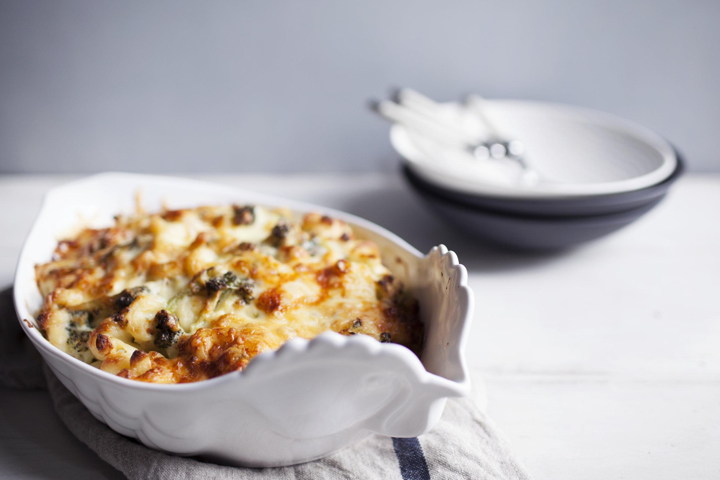 broccoli chicken mac & cheese v.jpg