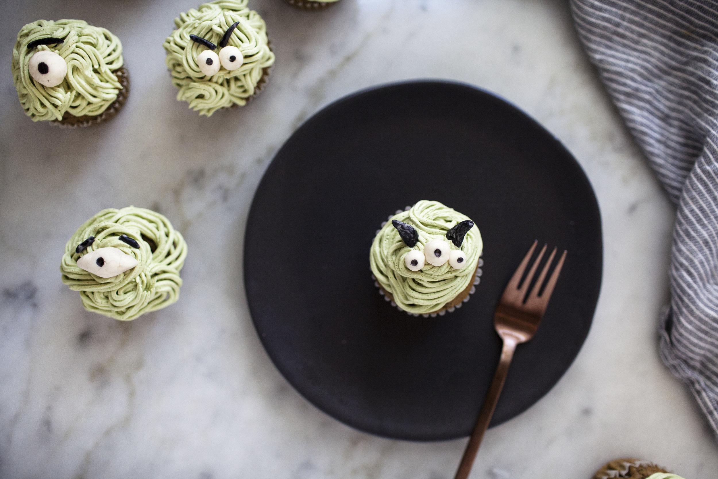 monster cupcakes x.jpg