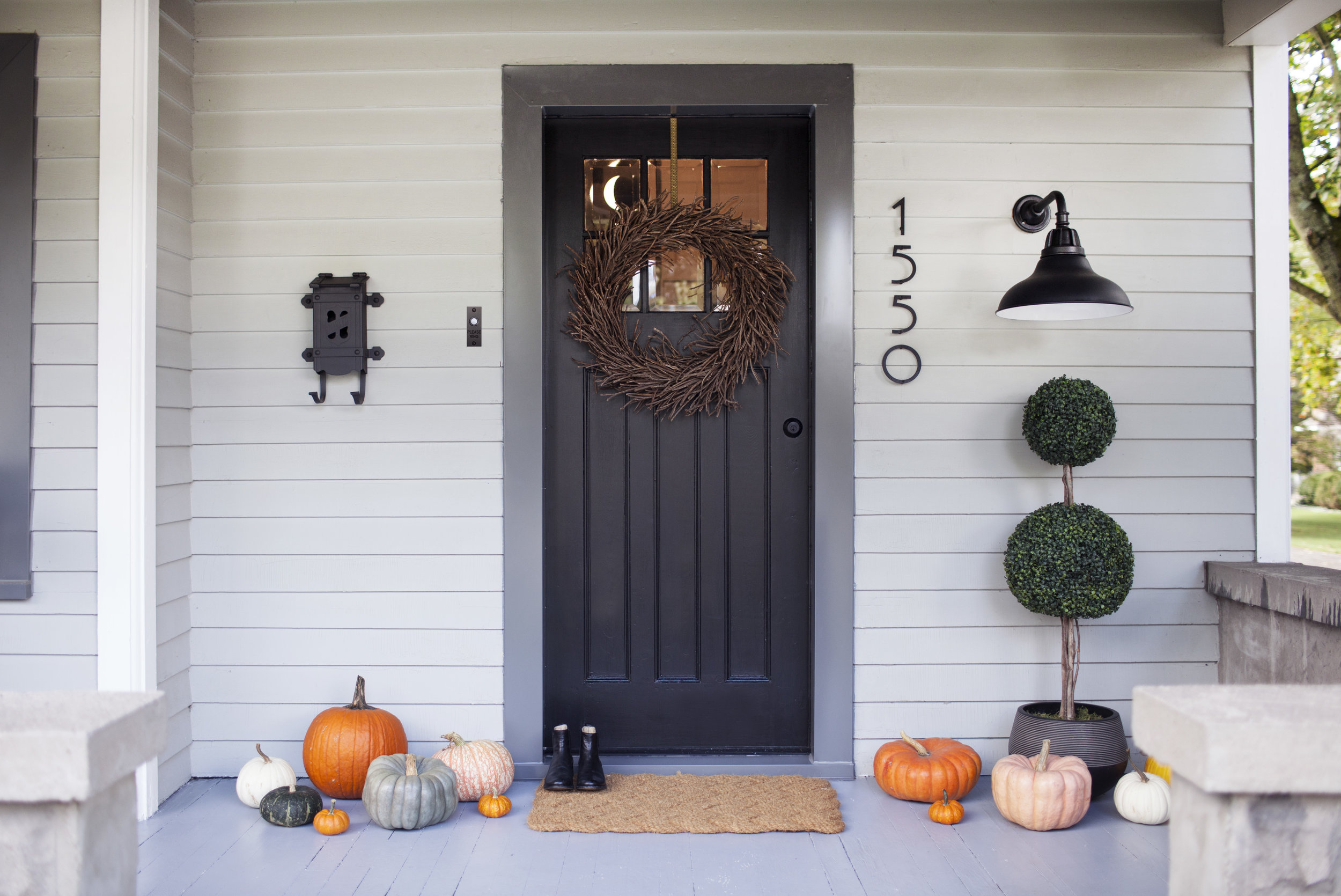 modest porch 9.jpg
