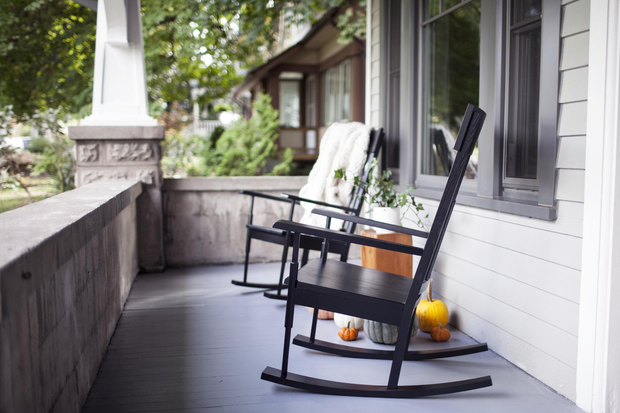 modest porch 11.jpg