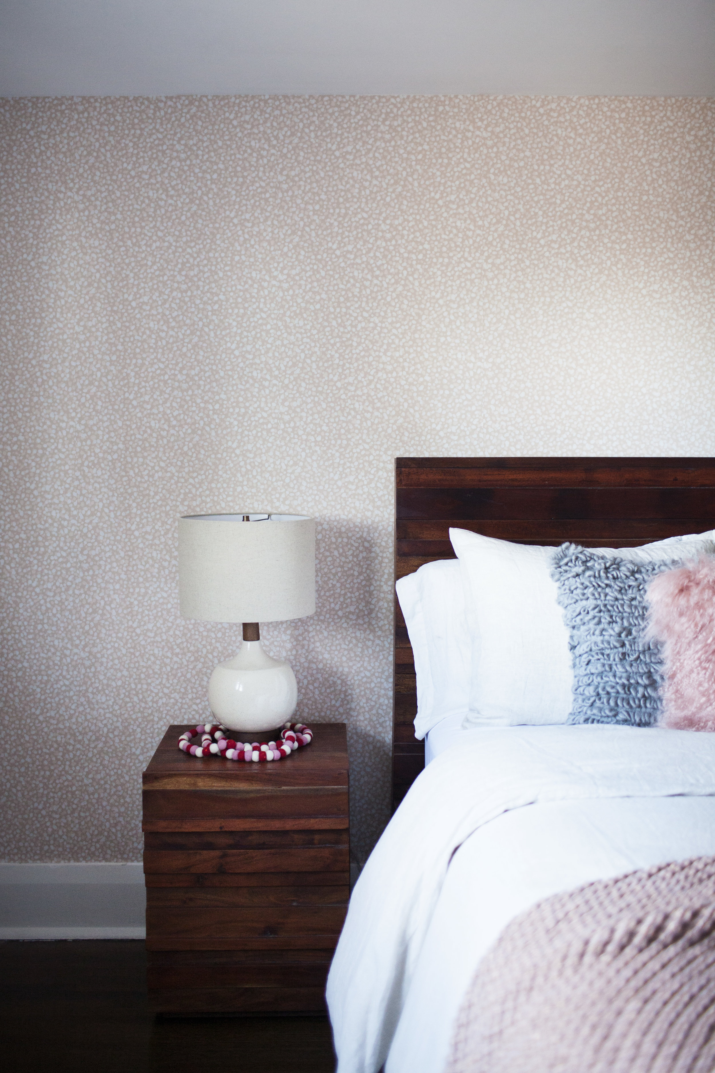 holiday guest room 2.jpg