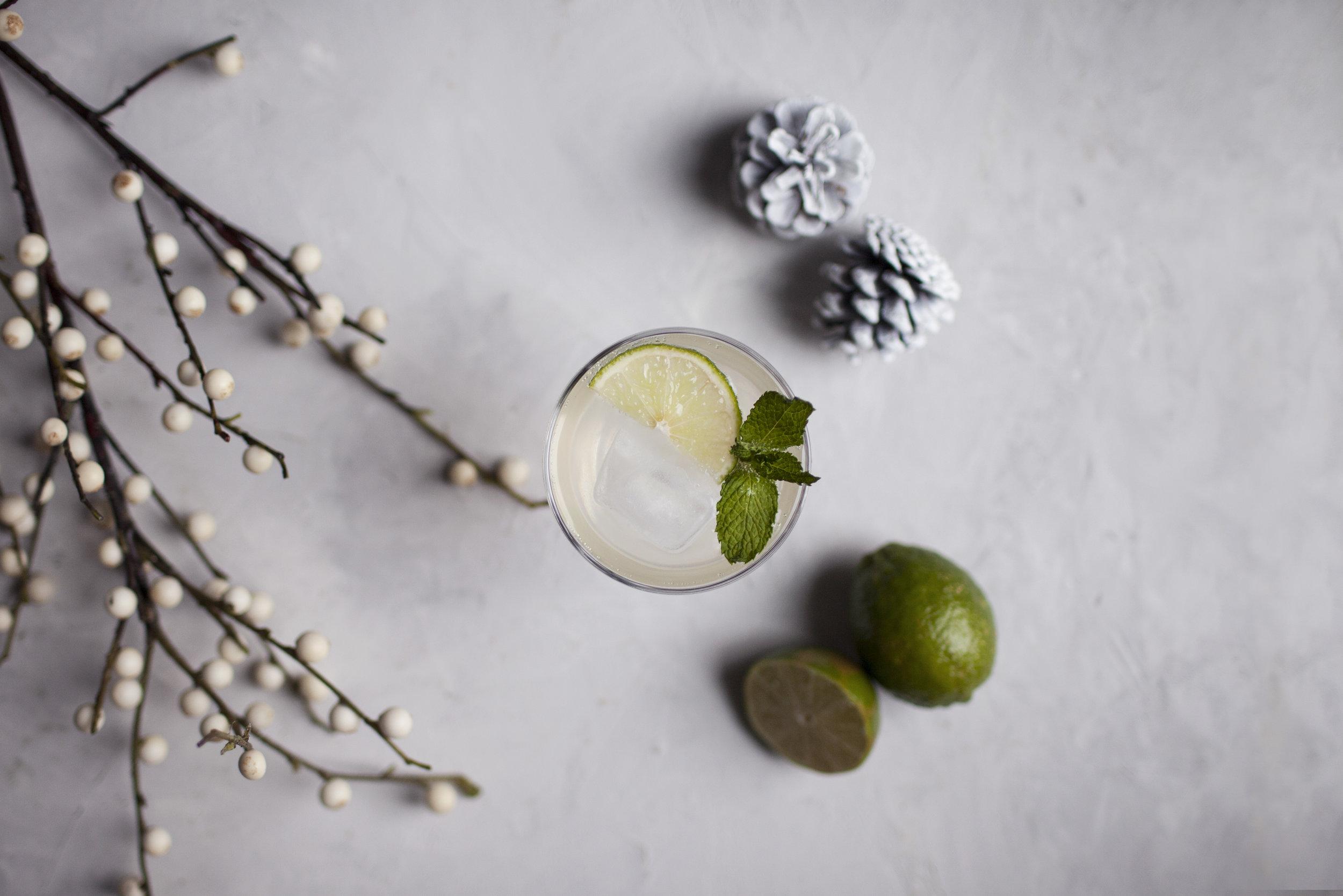 champagne ginger cocktail i.jpg