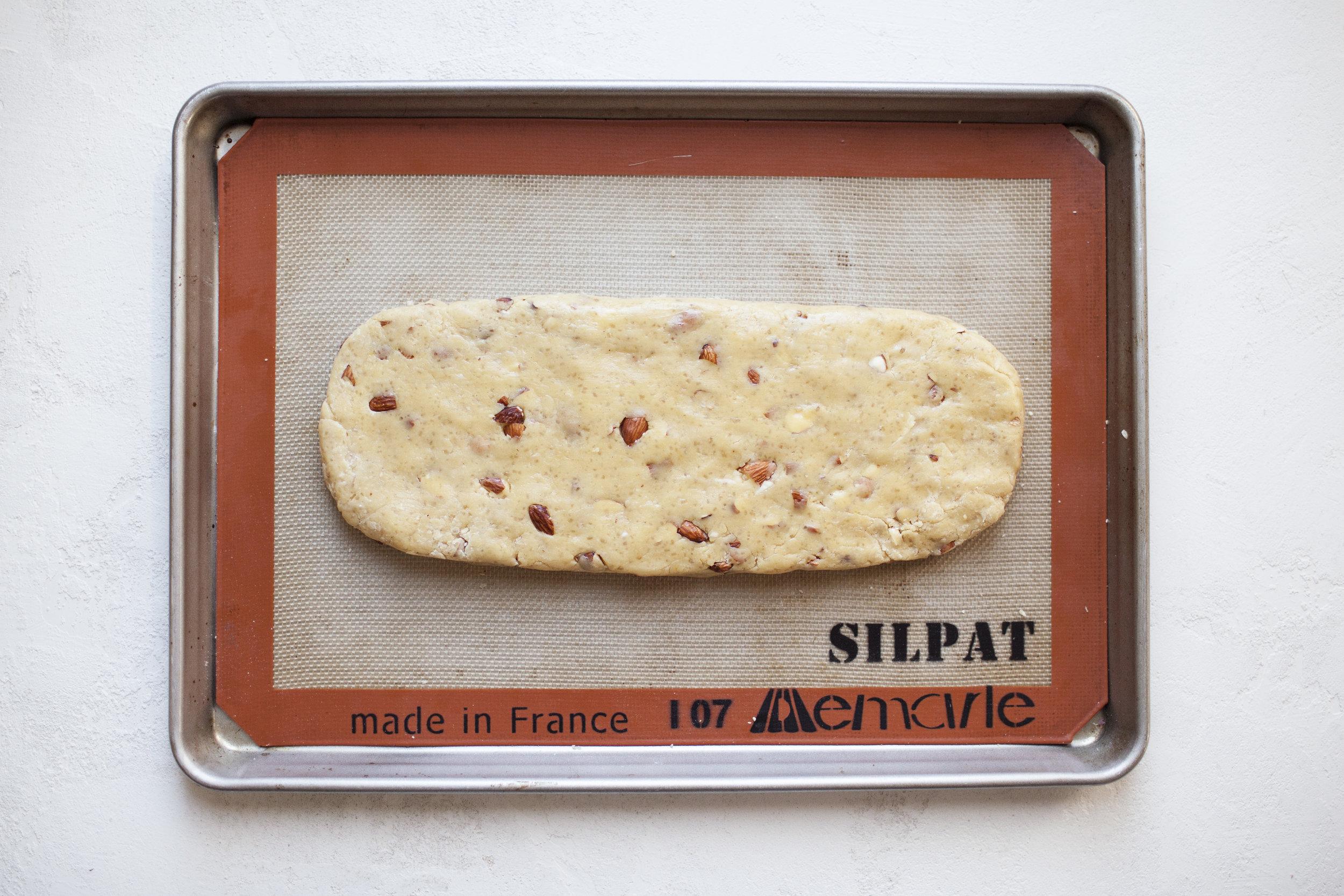 almond biscotti i.jpg