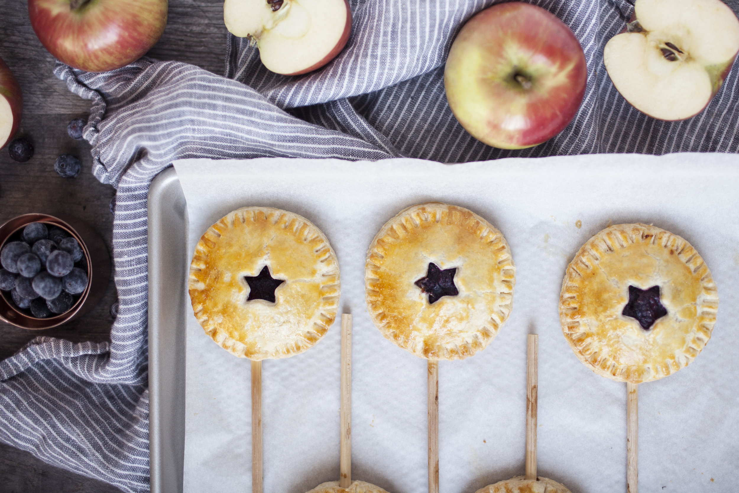 apple blueberry hand pies viiii.jpg