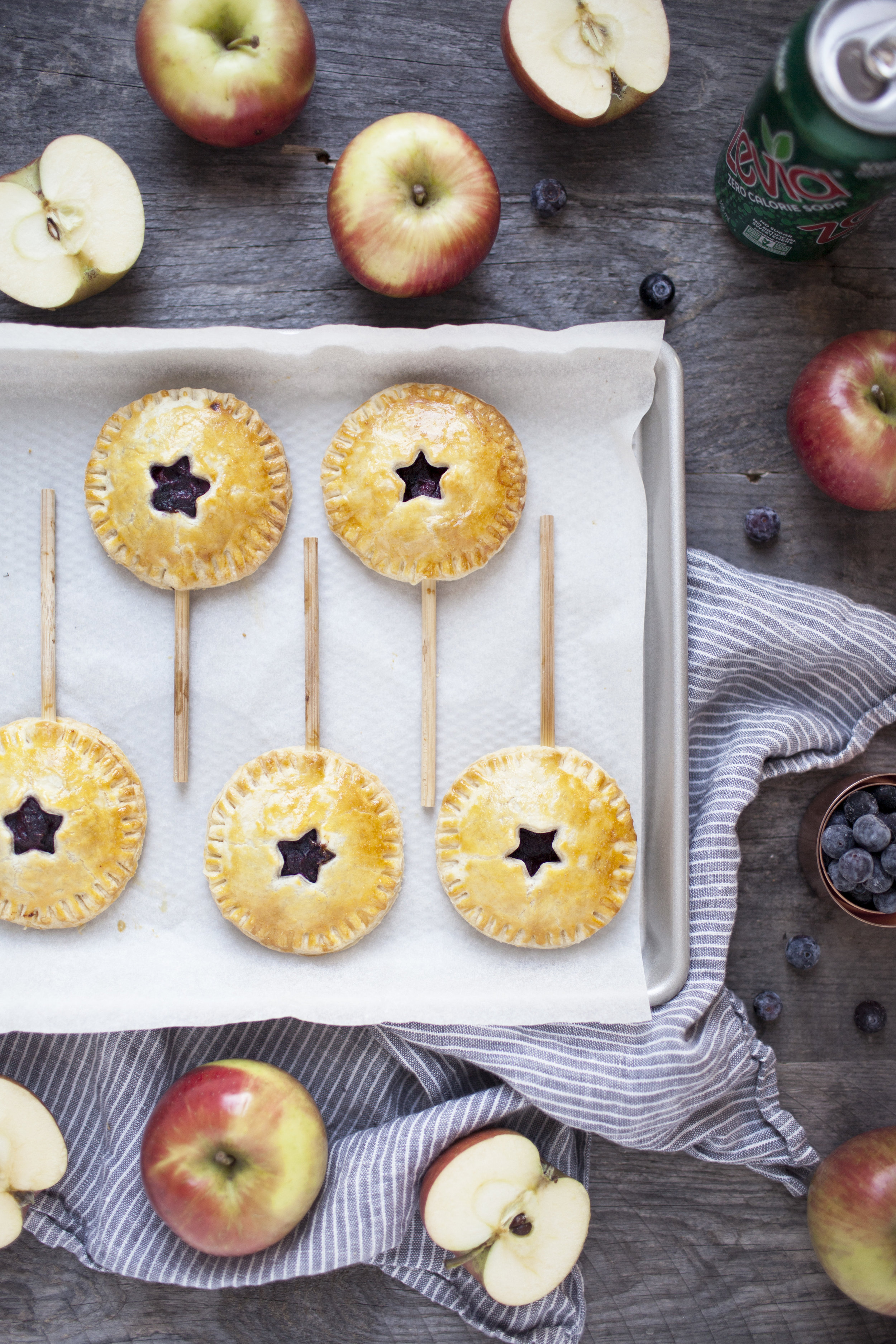 apple blueberry hand pies xii.jpg
