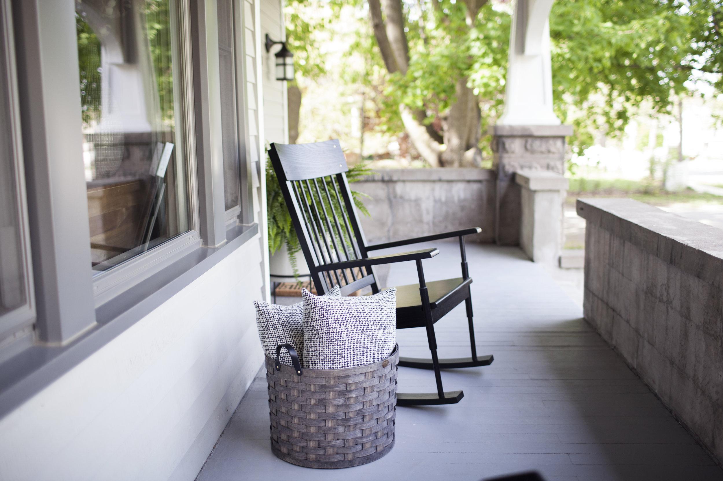 summer porch viiii.jpg