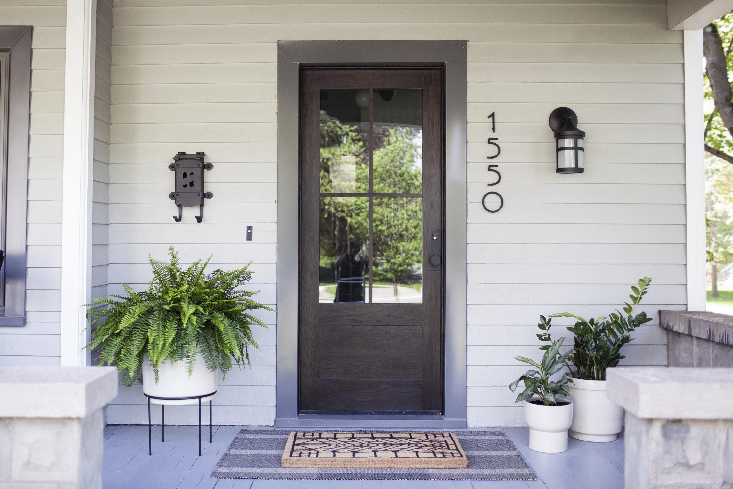 summer porch iv.jpg