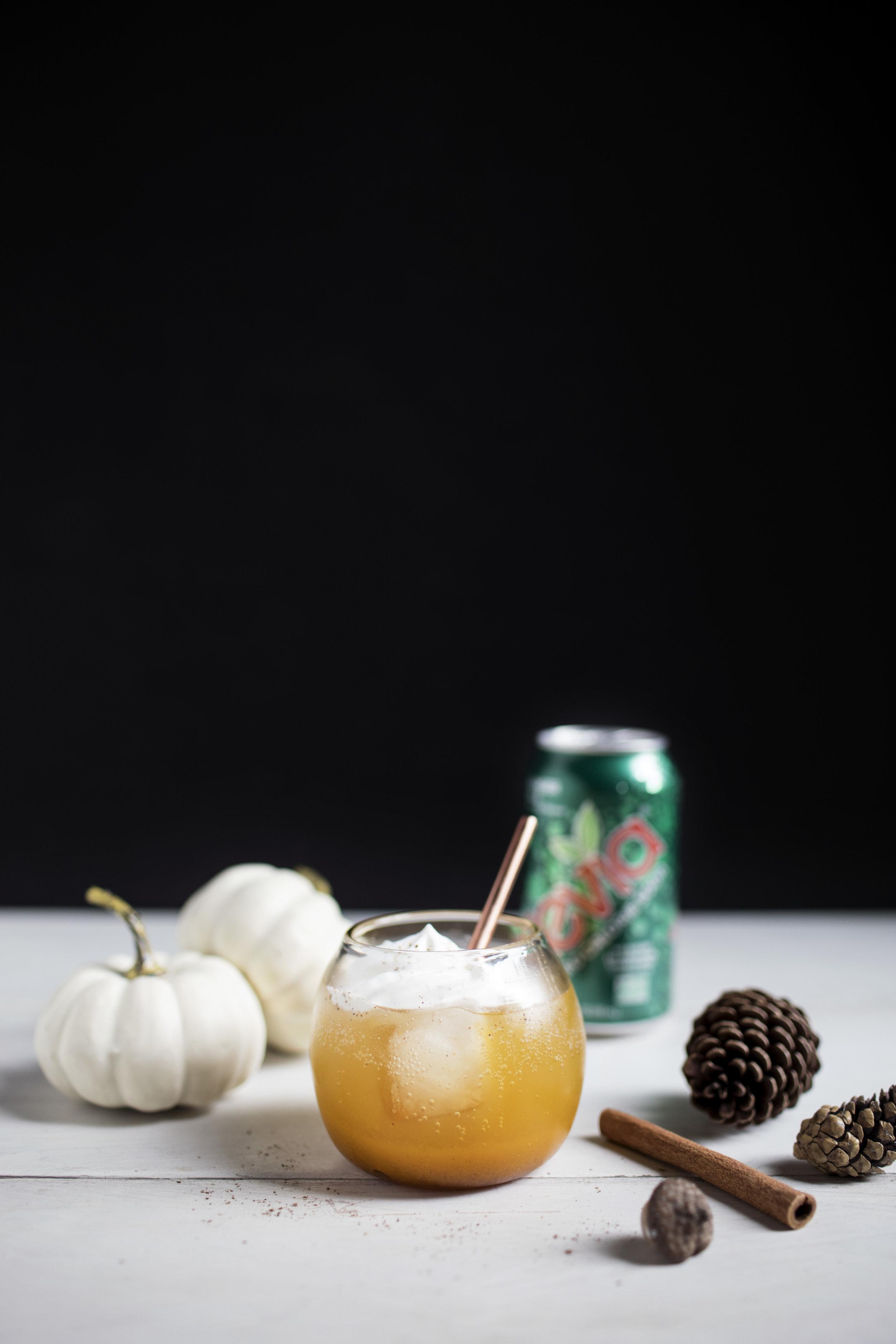 whiskey pumpkin pie cocktail vii.jpg