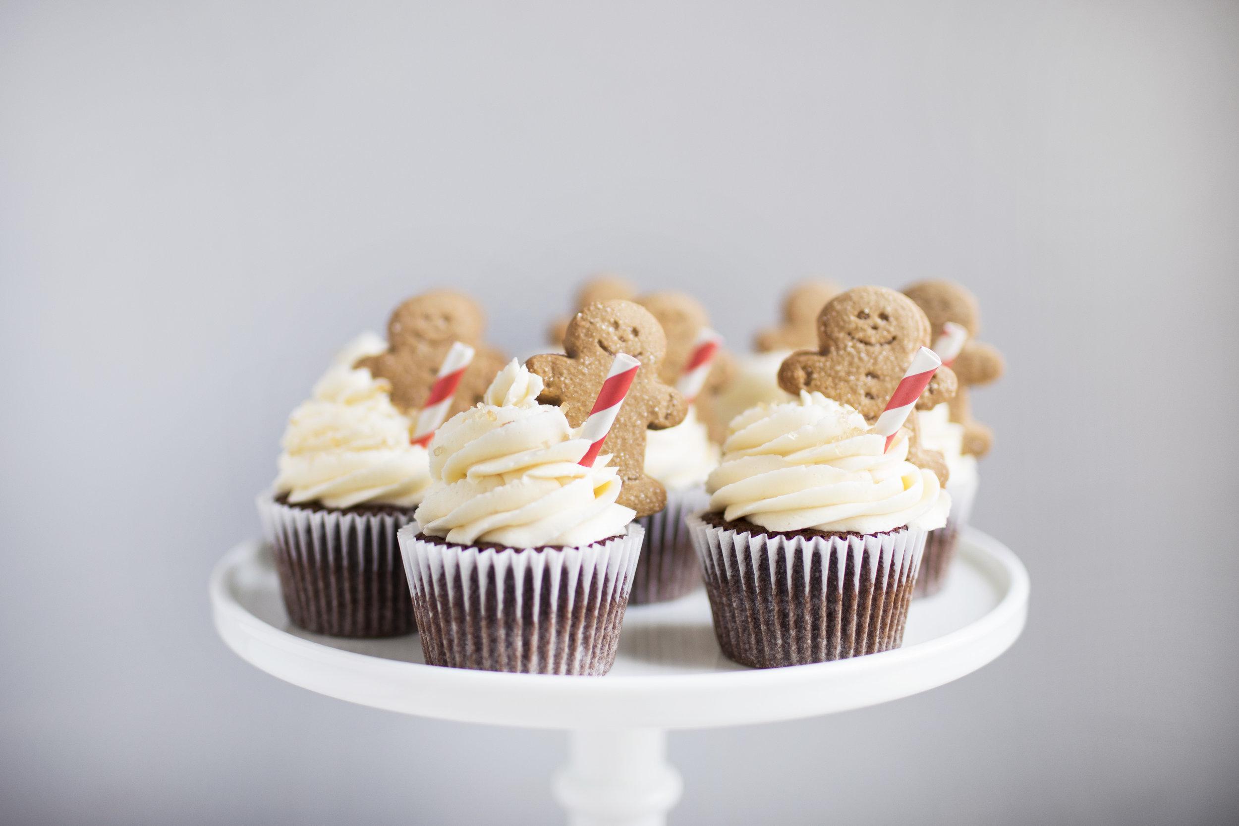 gingerbread mocha cupccakes viiii.jpg