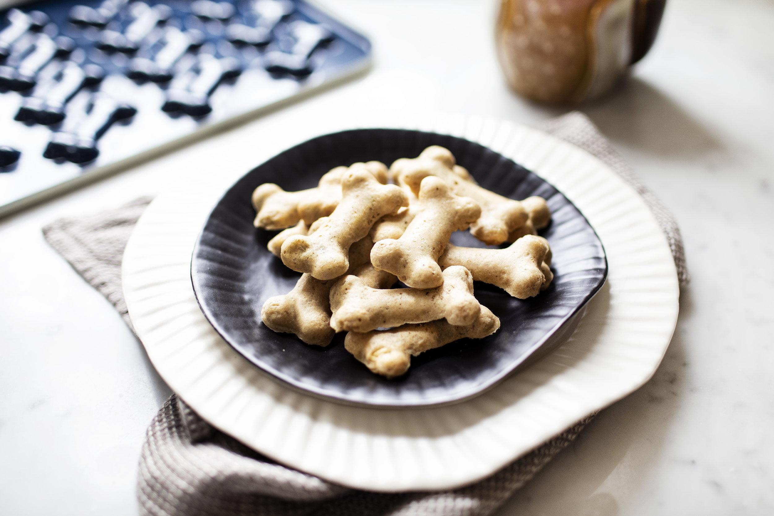 peanut butter banana dog treats vii.jpg