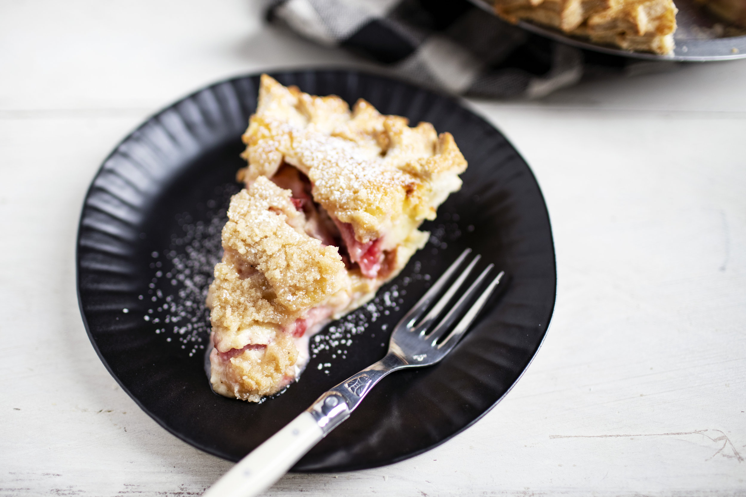 strawberry rhubarb sour cream pie x.jpg