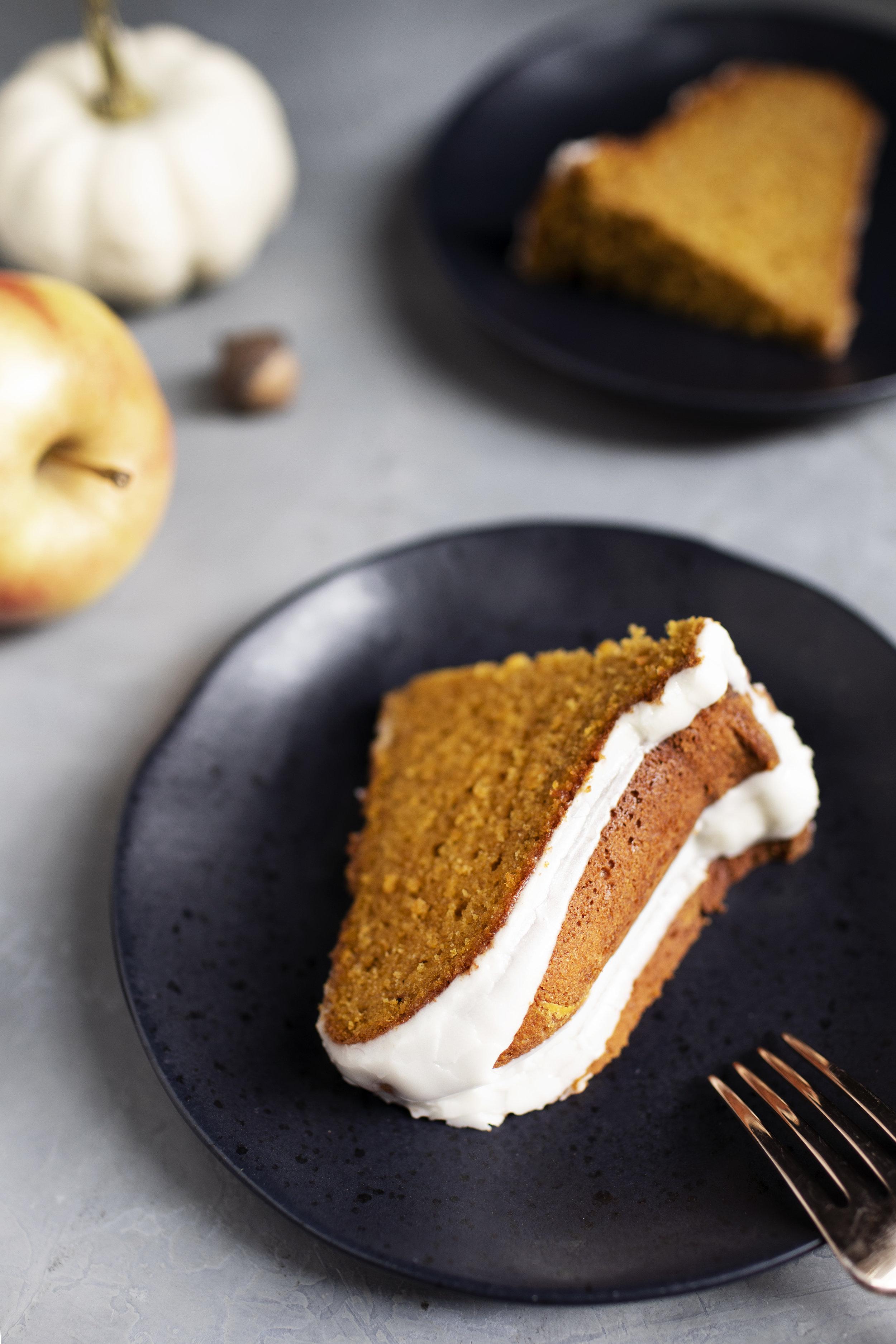 pumpkin cider bundt cake viiii.jpg