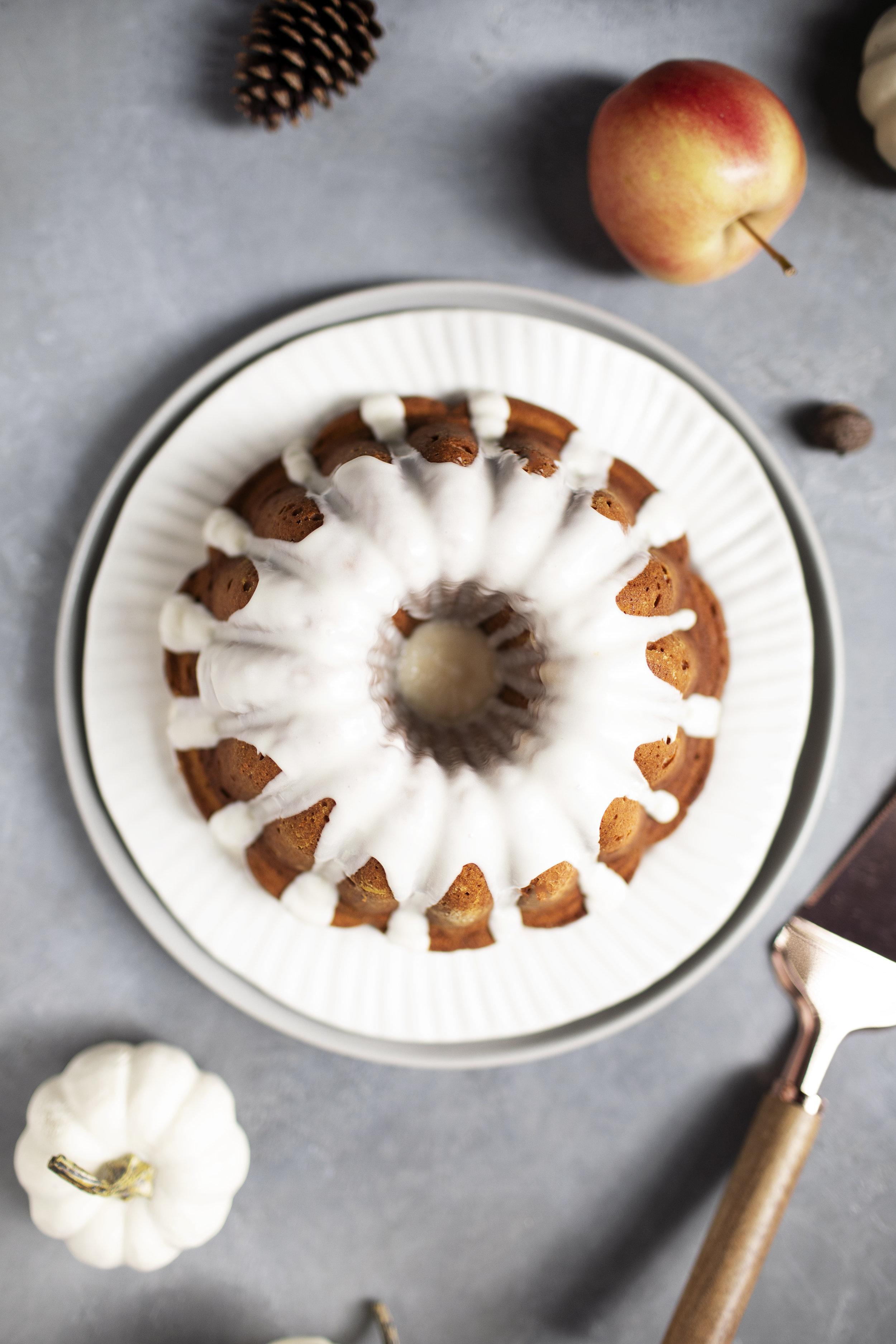 pumpkin cider bundt cake vi.jpg