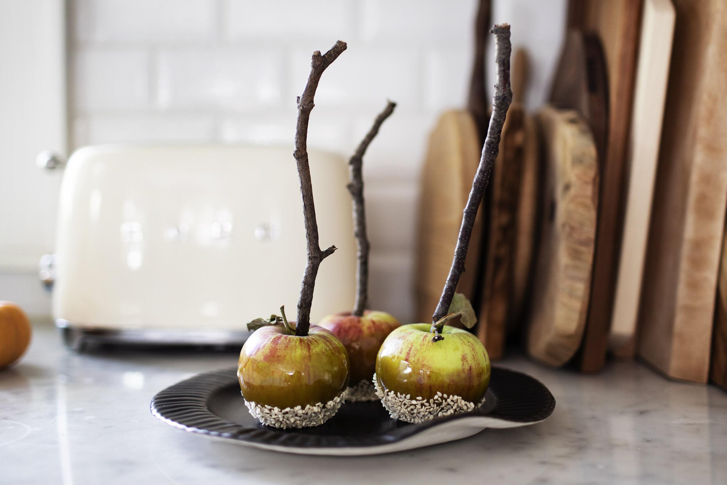 matcha caramel apples iii.jpg