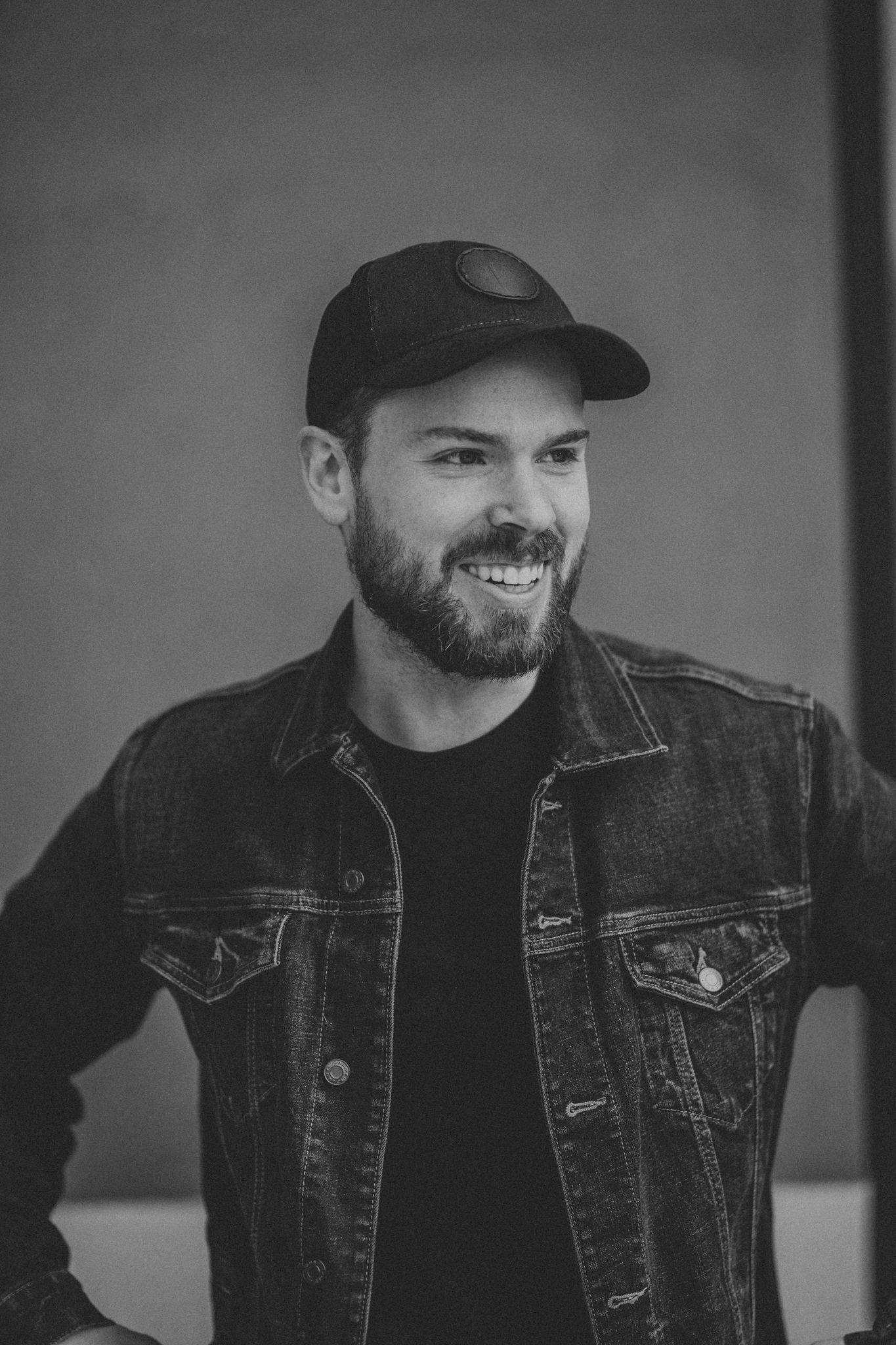 Cory Hale - Photographer/Illustrator