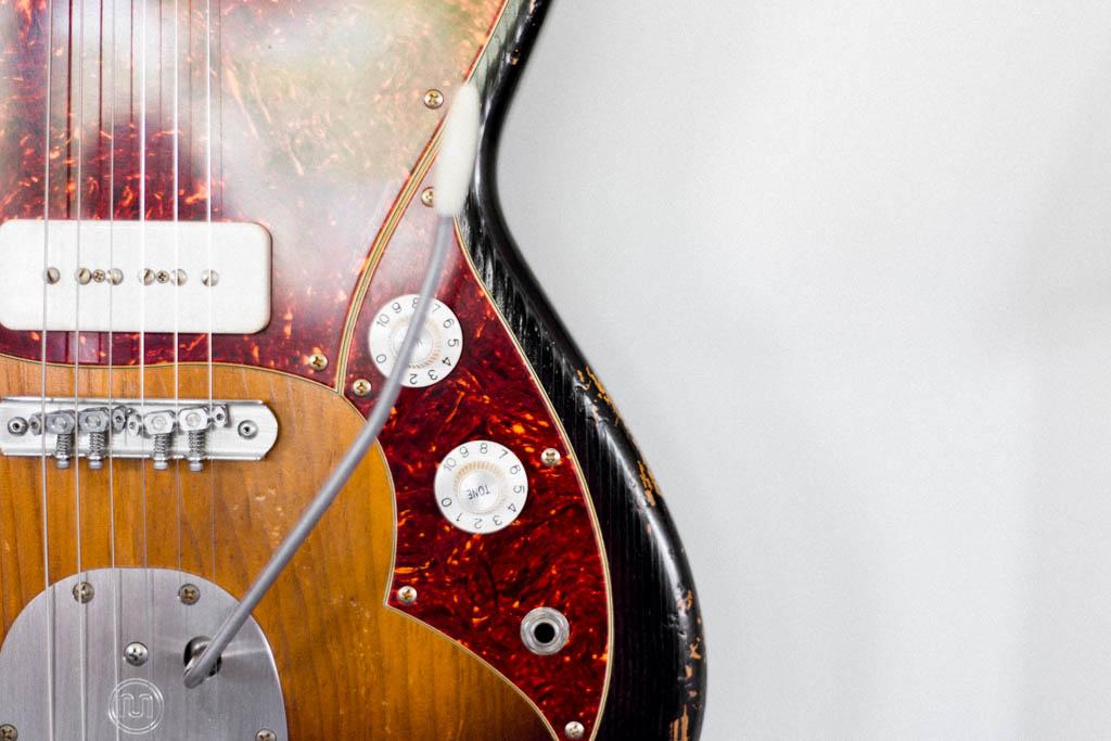 NOVO-guitars-103.jpg