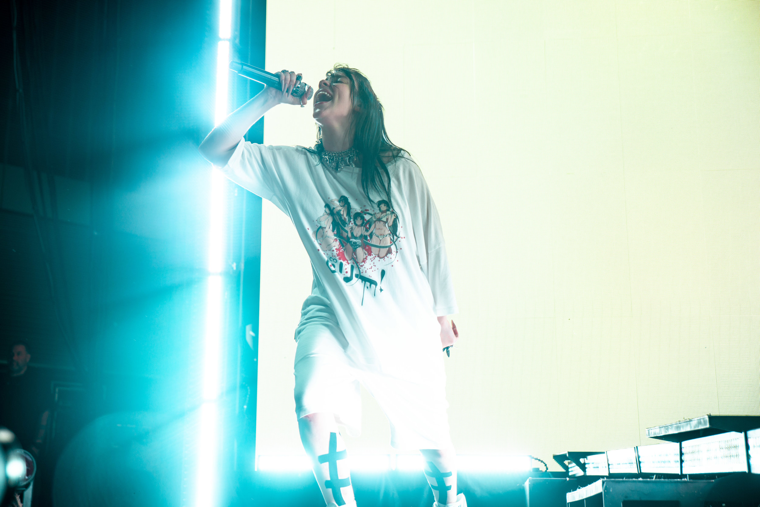 billie-eilish-equirk-118.jpg