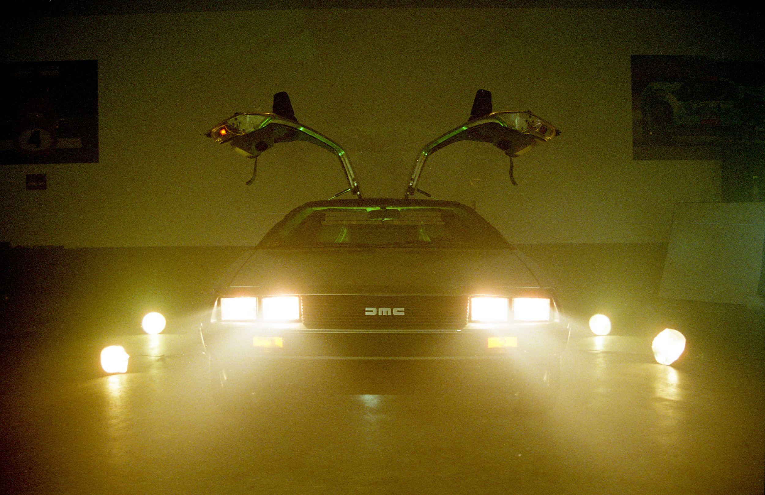 delorean-fog-film-3.jpg