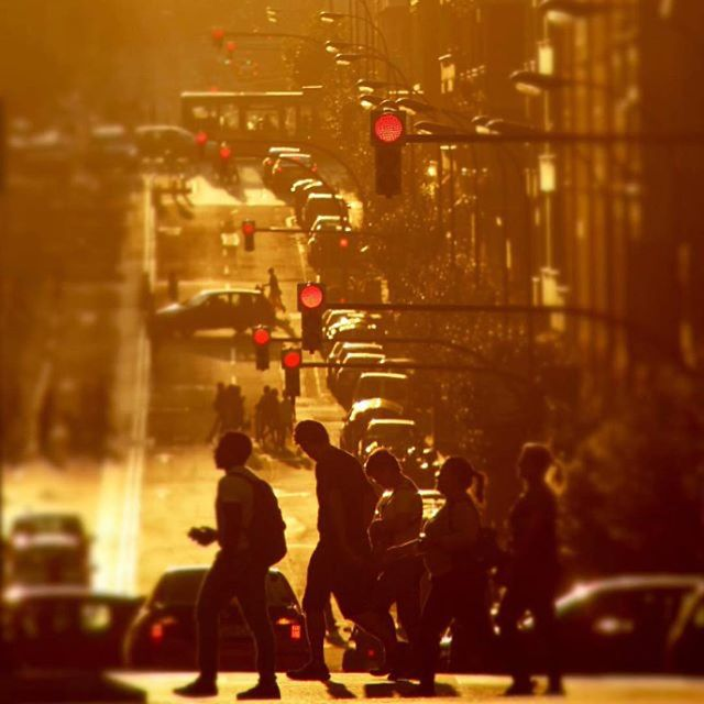 Sunny Spanish traffic scene courtesy of #Repost @davidtijerophotography ・・・ #bilbaoclick #bilbosoul #verybilbao #davidtijero #euskogram #basquecountry #dawn #road #street #streetphotography #urbanlife #citylife #bilbao #igersbilbao #euskadibasquecountry #traffic #siluet #people #sun #sunny #evening