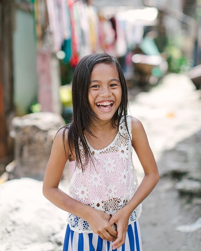 Our @ariastudios and @ariachildrensfund team are back in Manila! One of our key in-country partners is @carechannelsintl — whose mission is to help the poor and marginalized in Asia. We believe education is a great equalizer to combat generational poverty — and Care Channels International helps provide education sponsorships to help the less-privileged earn high school and college diplomas. We are here to take photos of the sponsored children, we're filming some of their stories, and also helping them refine their programs to make them even more effective. We are also checking in with our in-country clean water team and delivering water filters that will be used at different sites around metro Manilla. We are so thankful for your prayers and well wishes, good weather and being able to make a difference in the lives of many children in the Philippines.  pics: @ariastudios @mia.y