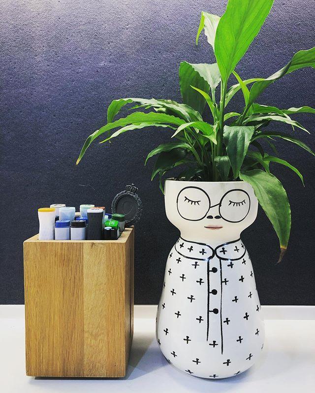Happy office plant 🌱 @labotanicalbany @jonesandco_ #hharchitects #copicmarkers #officeplant