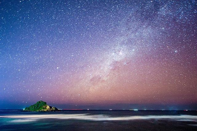 Sri Lanka was a great spot to combine the Milky Way, the ocean and small island together for one magical photo  #midigama #milkyway #devilisland#stars