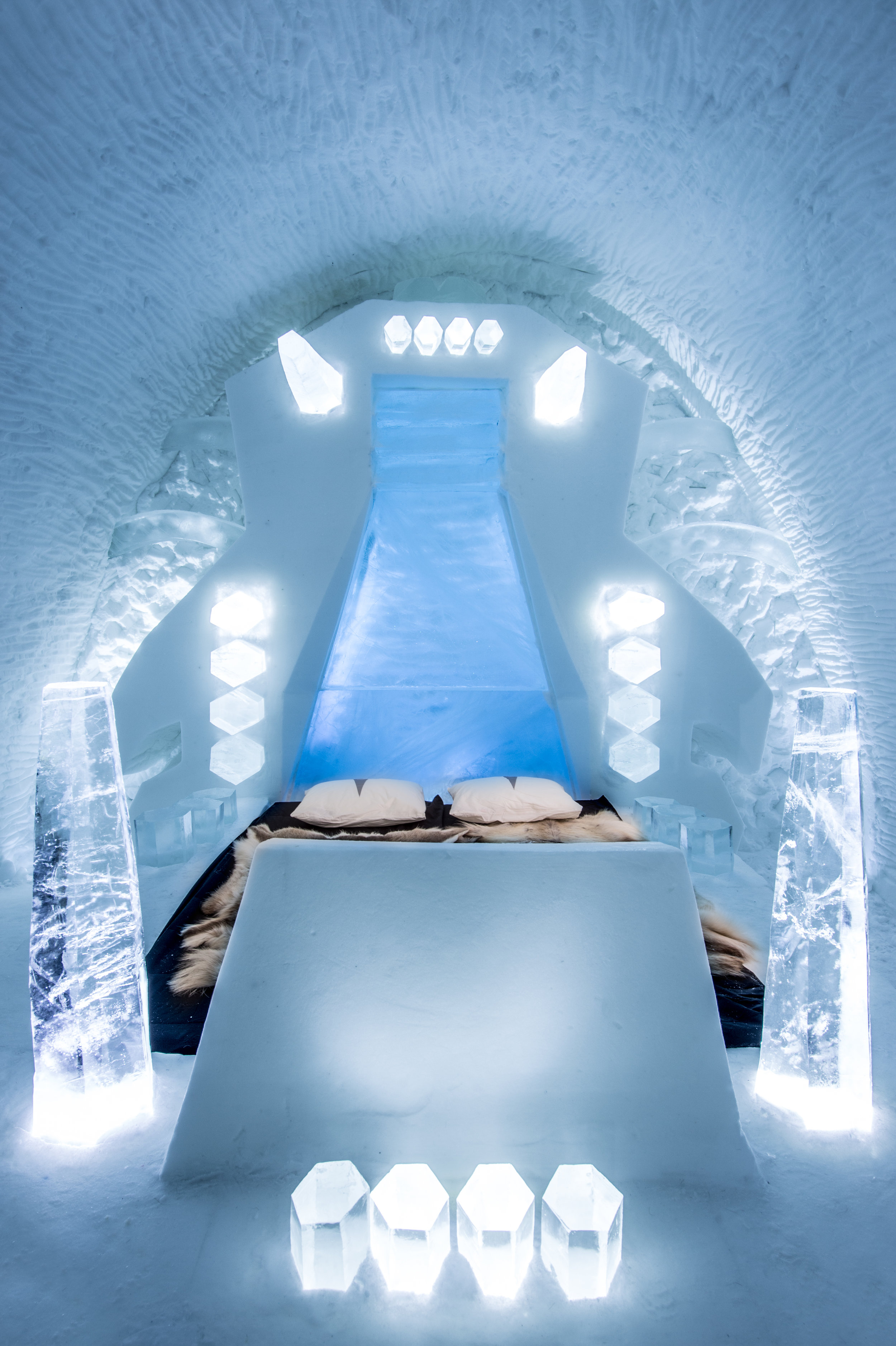 CAT'S CRADLE- LA PETITE MORT-Sonia Chow & Huschang Pourian-icehotel 27 - photo by Asaf Kliger (2 of 2).jpg