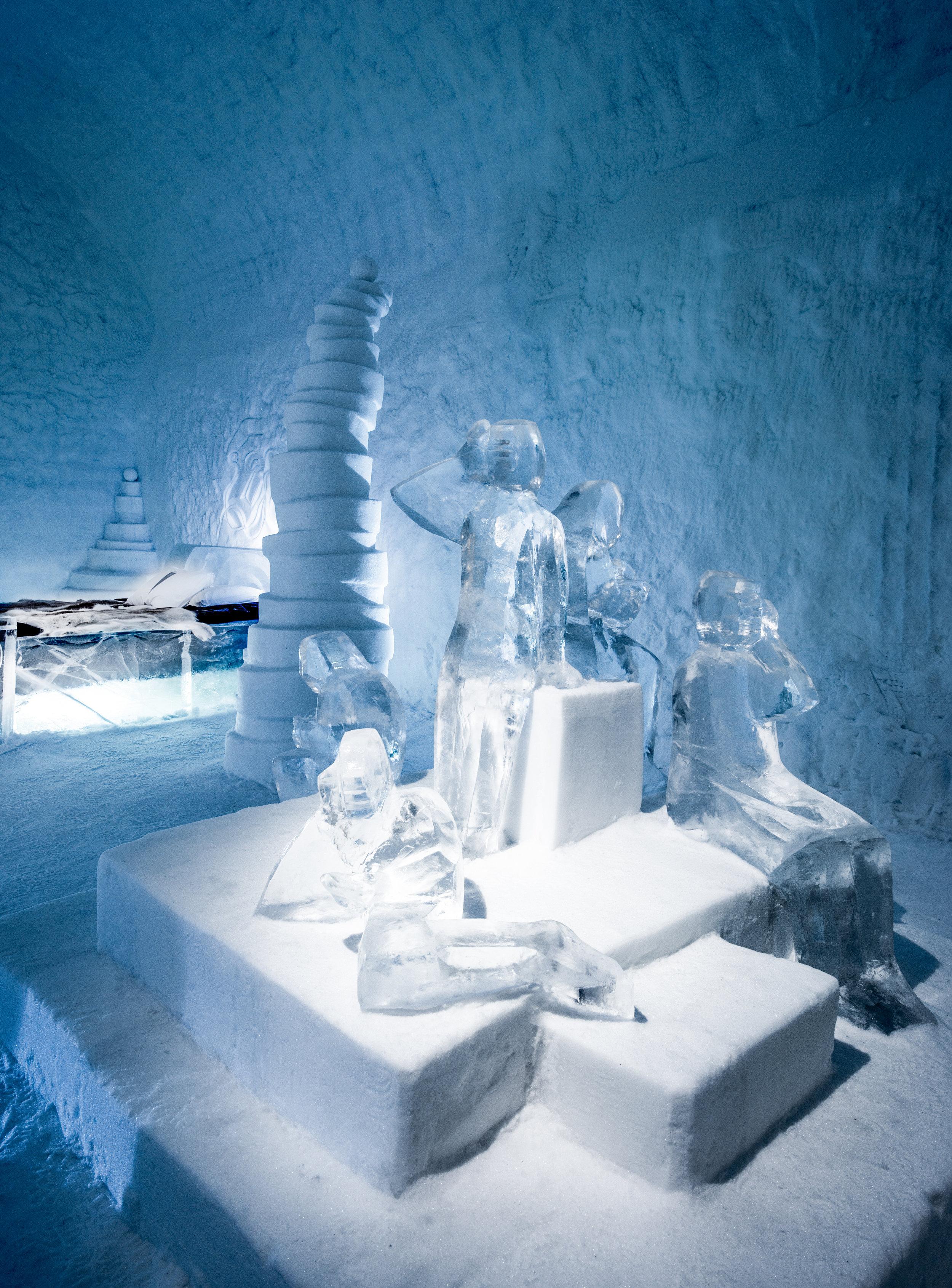 Deluxe suites-- Lena Kriström, Twitter-ICEHOTEL 365, - by Asaf Kliger (1 of 1).jpg