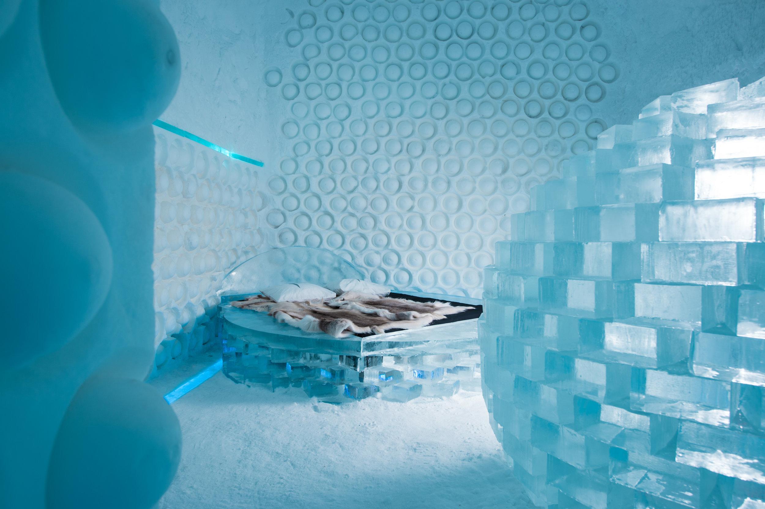 Rob & Timsam Harding, Melting Pot--ICEHOTEL 365 photo by - Asaf Kliger (3 of 4) (1 of 3).jpg
