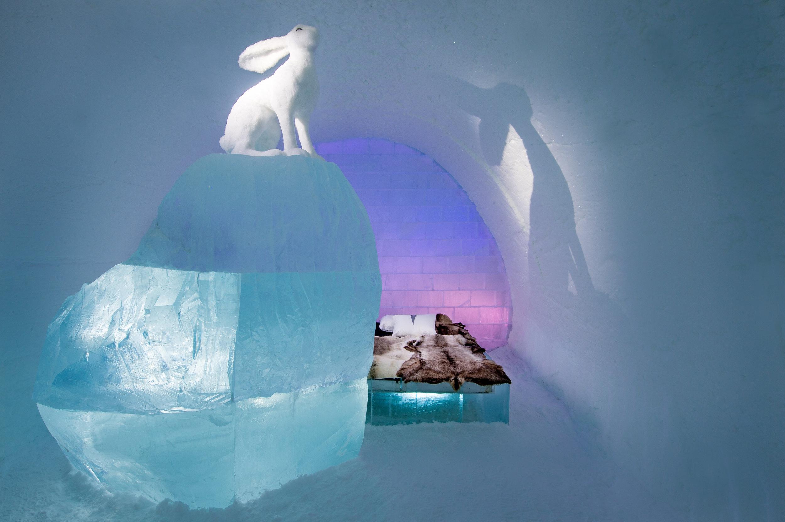 Art suite - Follow the White Rabbit-AnnaSofia Mååg & Niklas Byman- ICEHOTEL 28  Photo by - Asaf Kliger.jpg