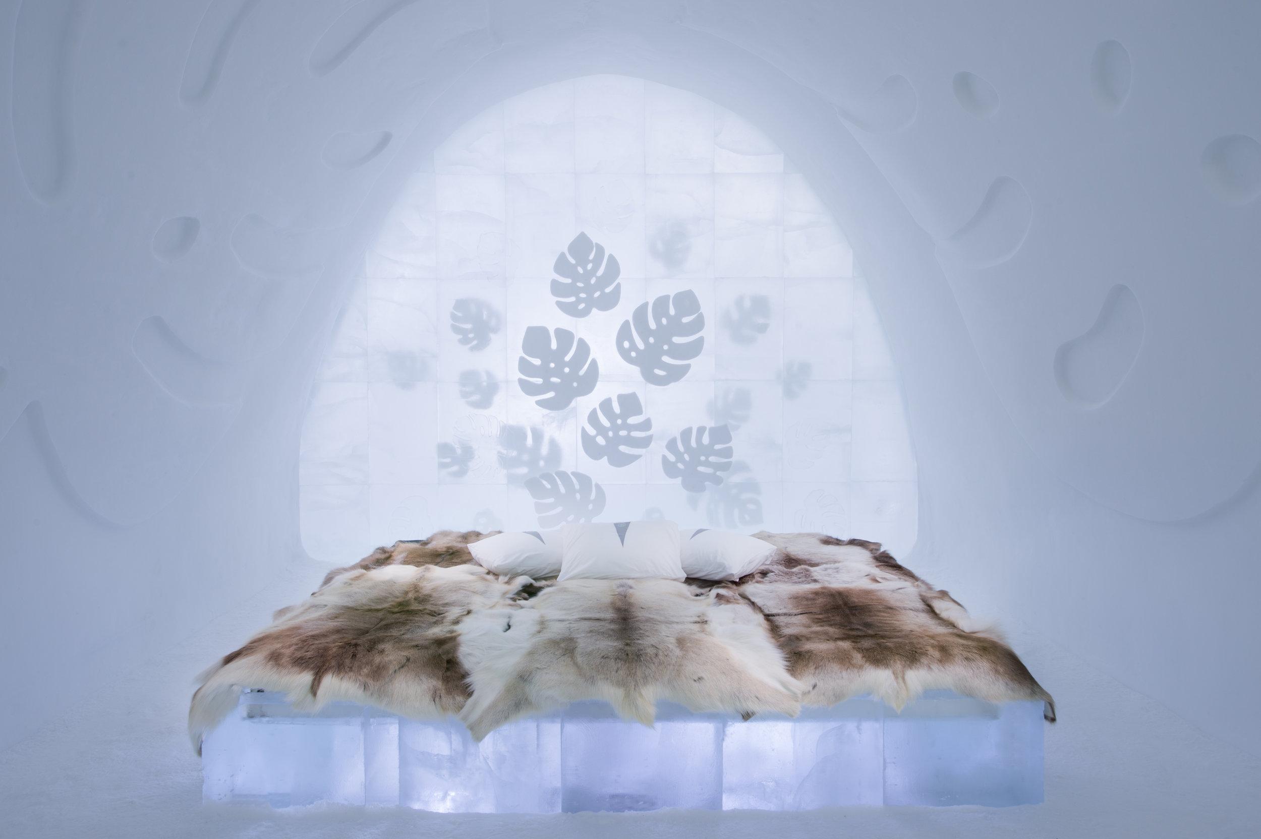 Art suite - Monstera-Nina Kauppi & Johan Kauppi- ICEHOTEL 28  Photo by - Asaf Kliger.jpg