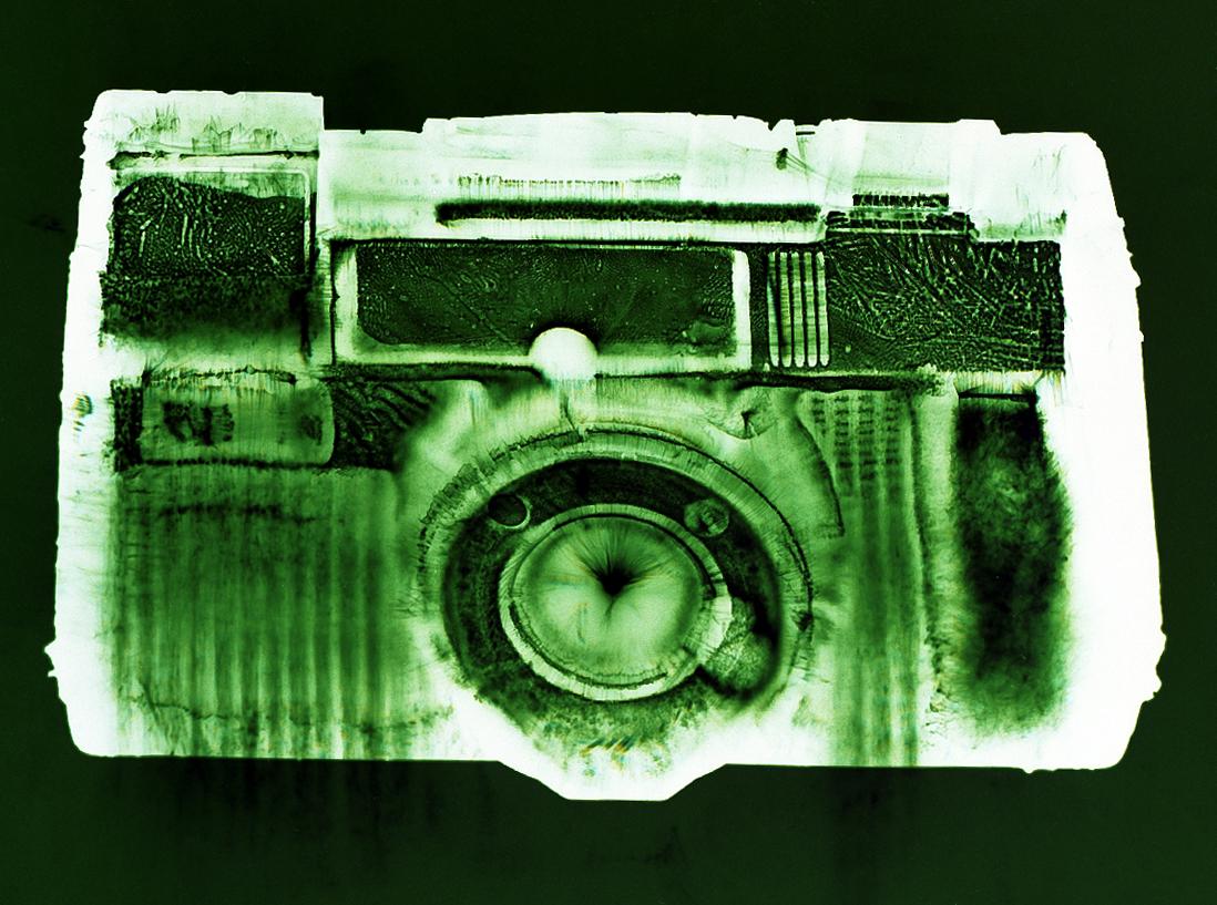 AF-5 (green), Penelope Davis,2003, type c print, 76x102cm