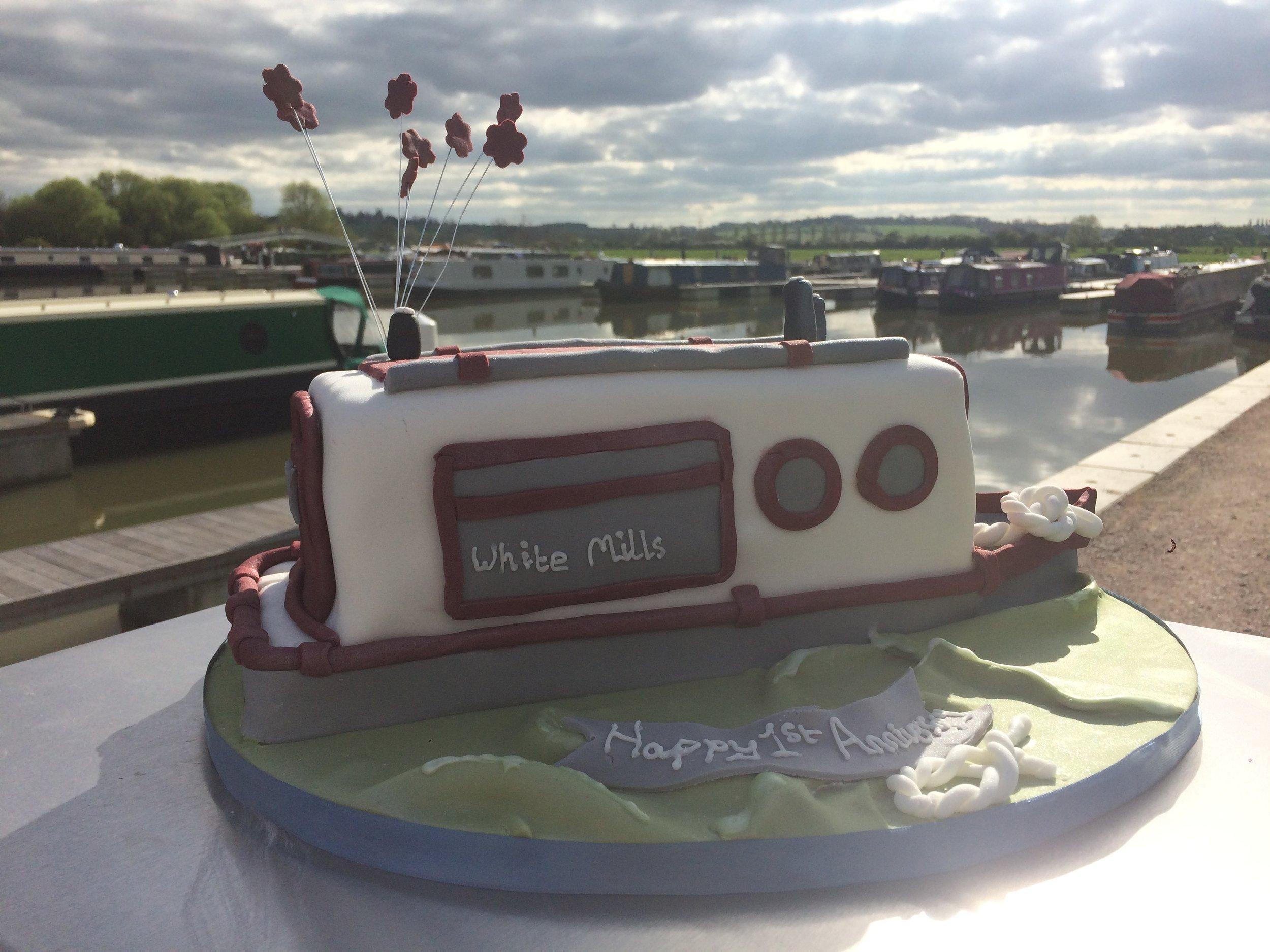 white_mills_river_nene_narrowboats_birthday