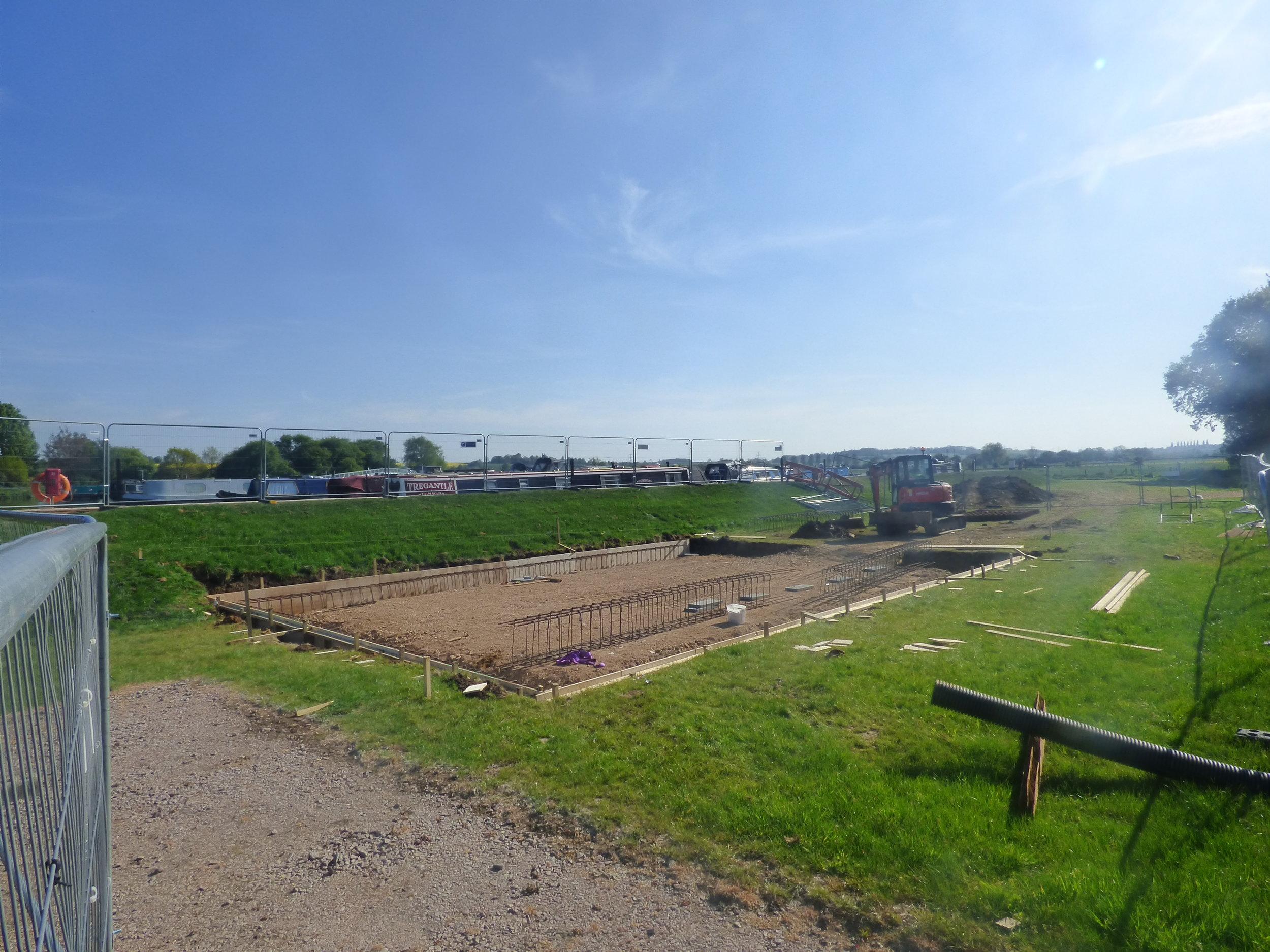 facilities-building-white-mills-marina-river-nene